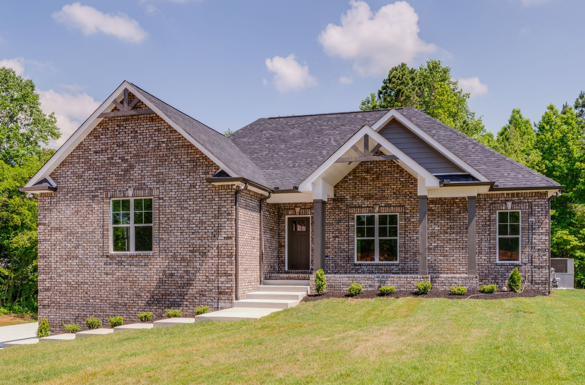 6083 W Mayflower Ct Property Photo - Greenbrier, TN real estate listing