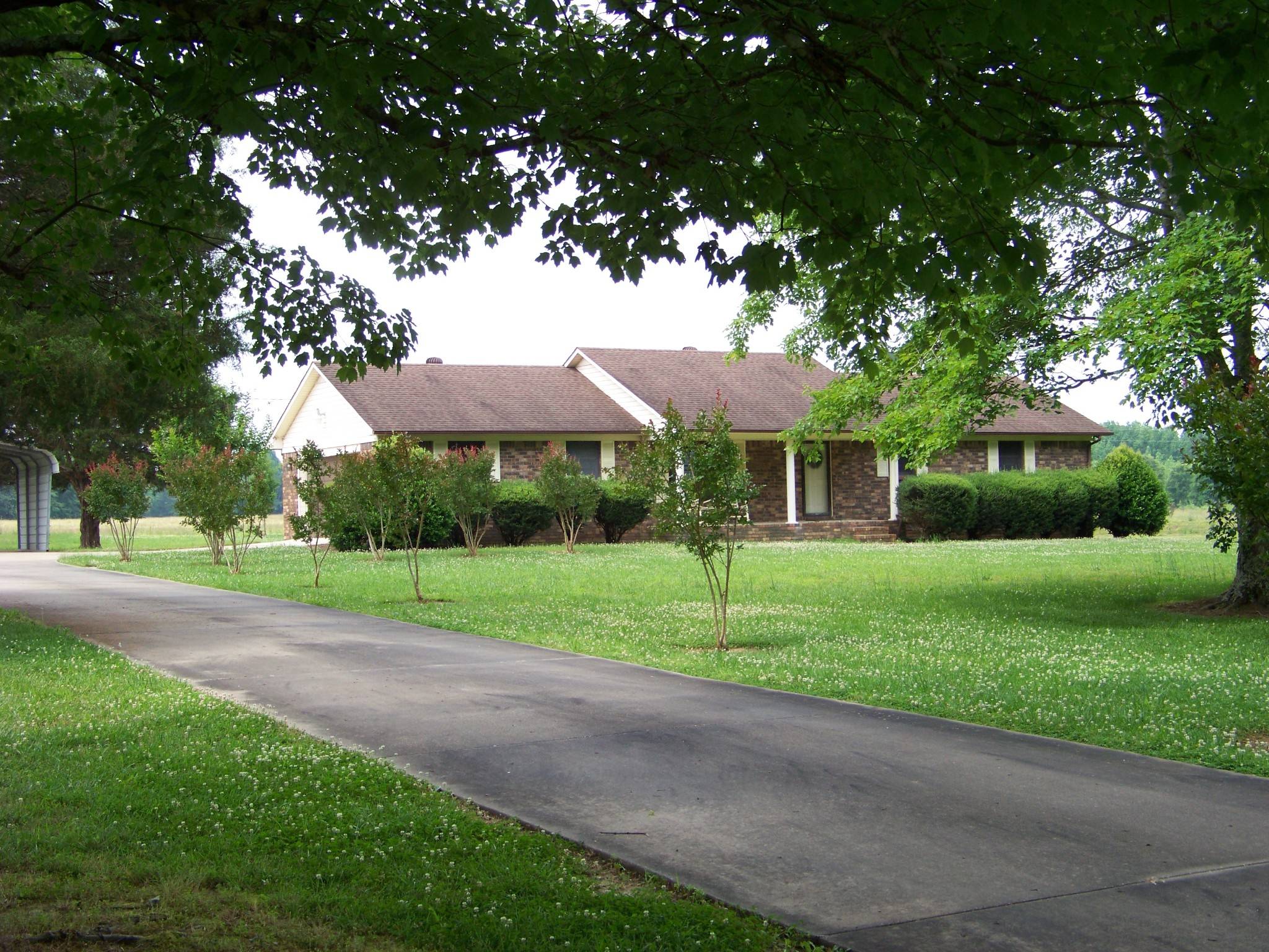 335 Five Points Rd Property Photo - Leoma, TN real estate listing