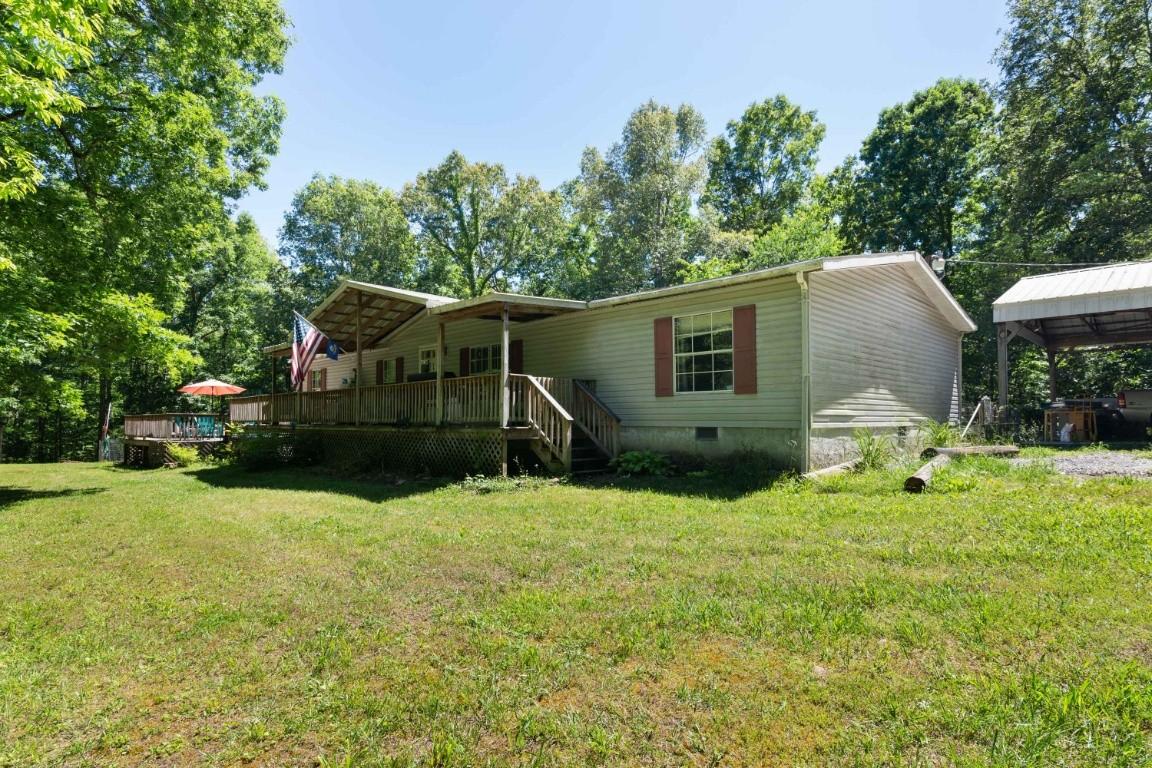 1050 Holcomb Cir Property Photo - Kingston Springs, TN real estate listing