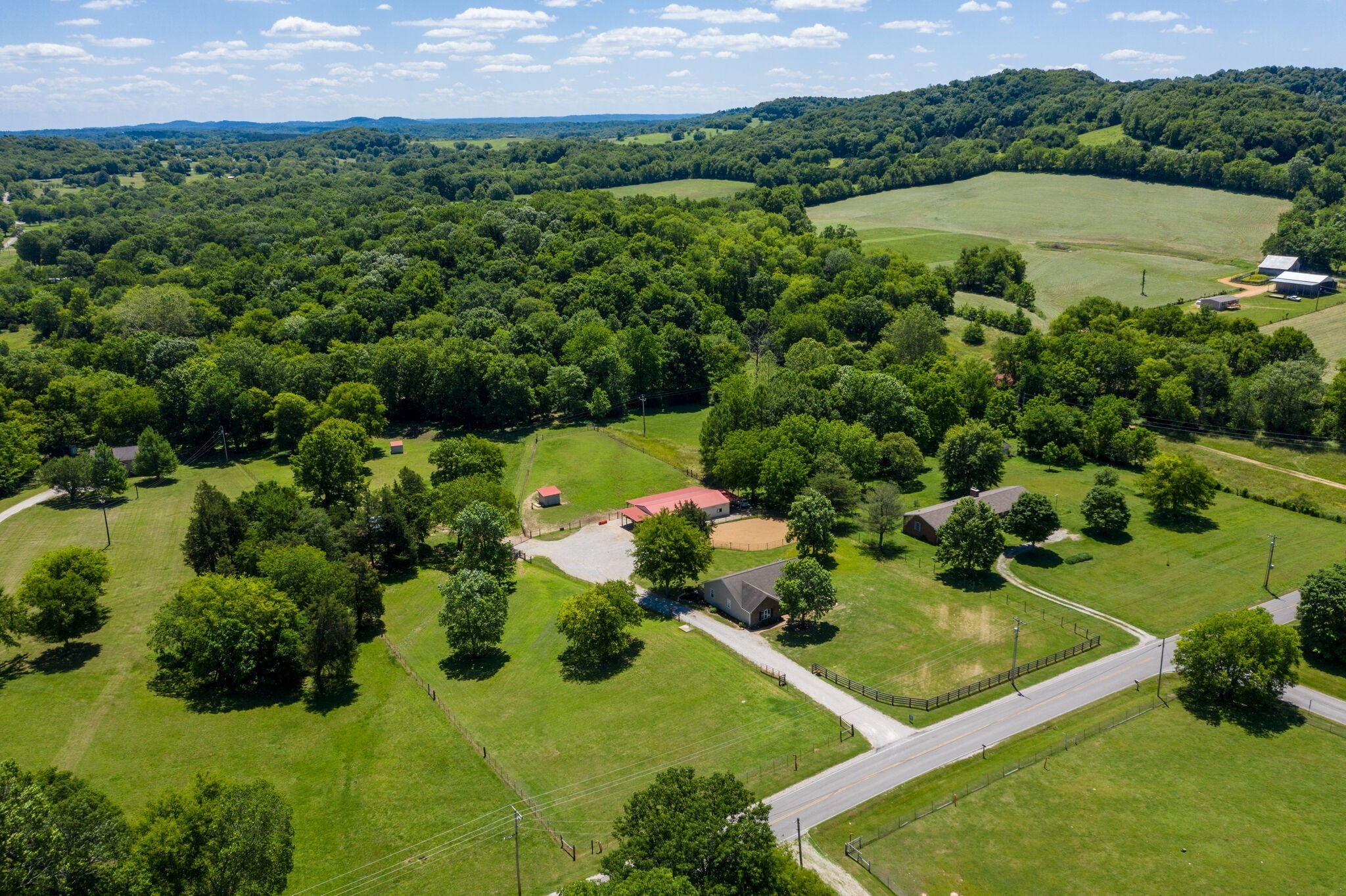 1747 Mooresville Pike Property Photo - Culleoka, TN real estate listing