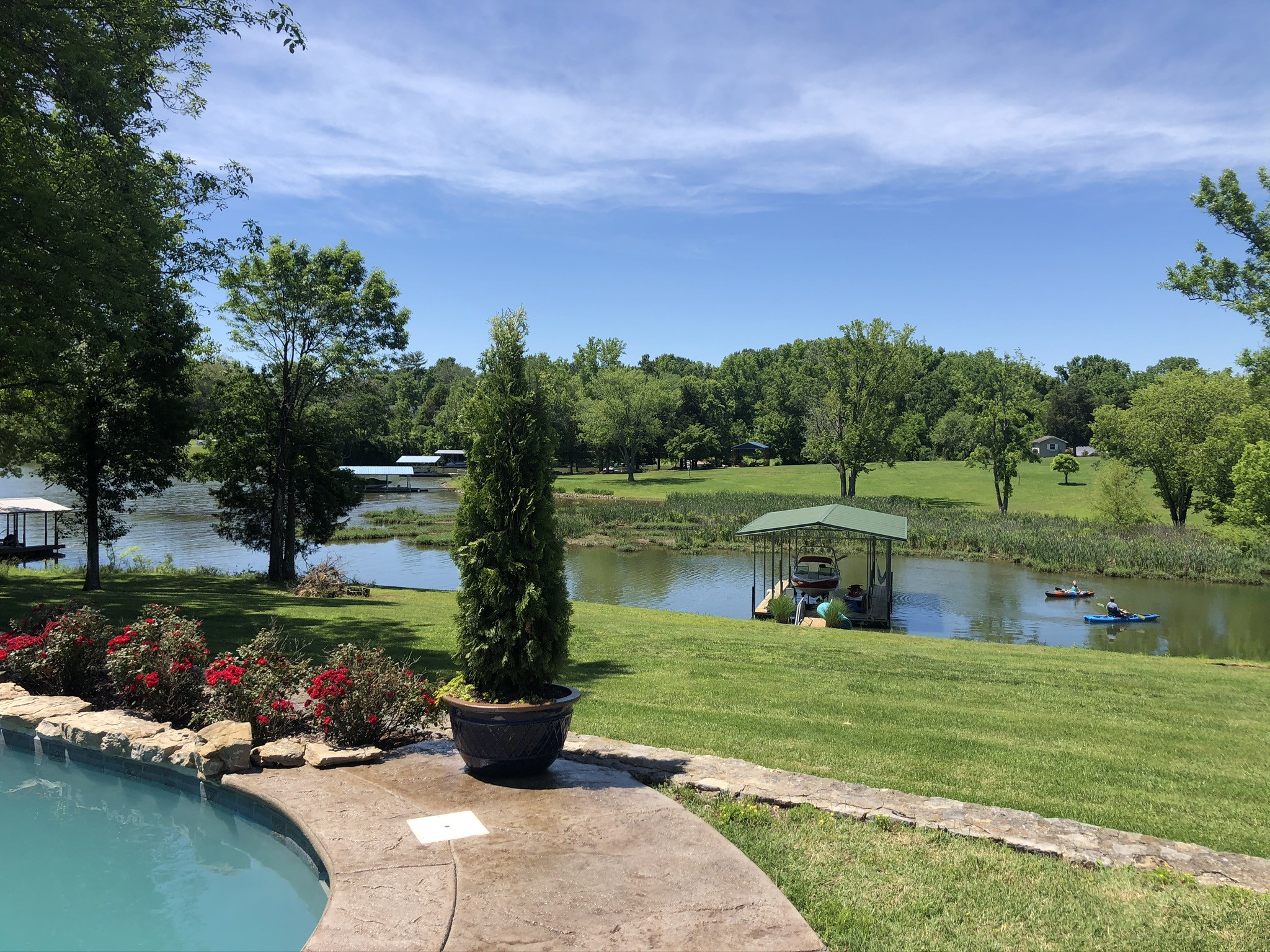 136 Lake Park Dr Property Photo - Hendersonville, TN real estate listing