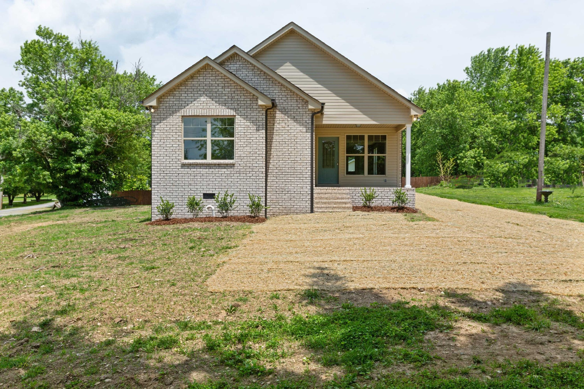 1702 Old Highway 31, E Property Photo - Westmoreland, TN real estate listing