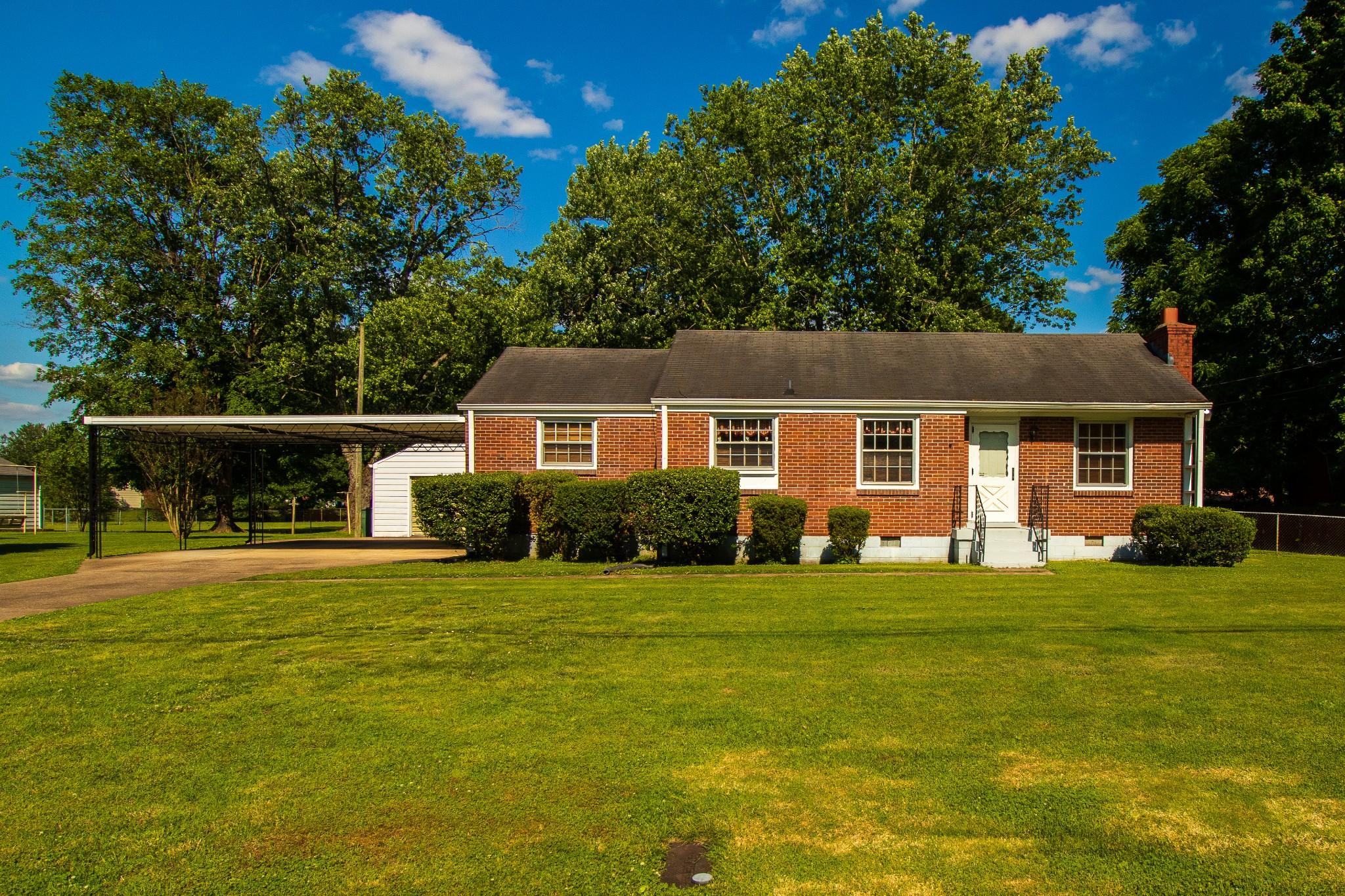 409 School Pass Property Photo - Madison, TN real estate listing