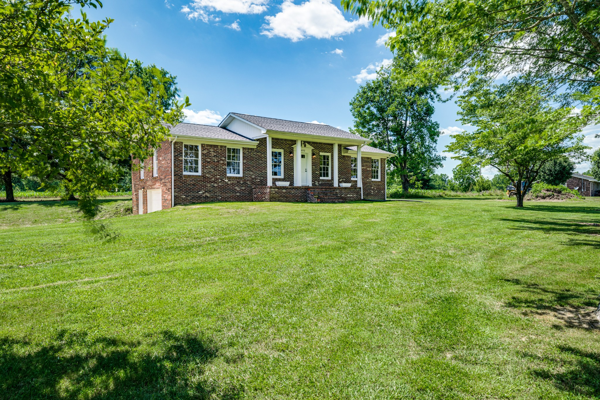 693 Lee Braswell Rd Property Photo - Smithville, TN real estate listing