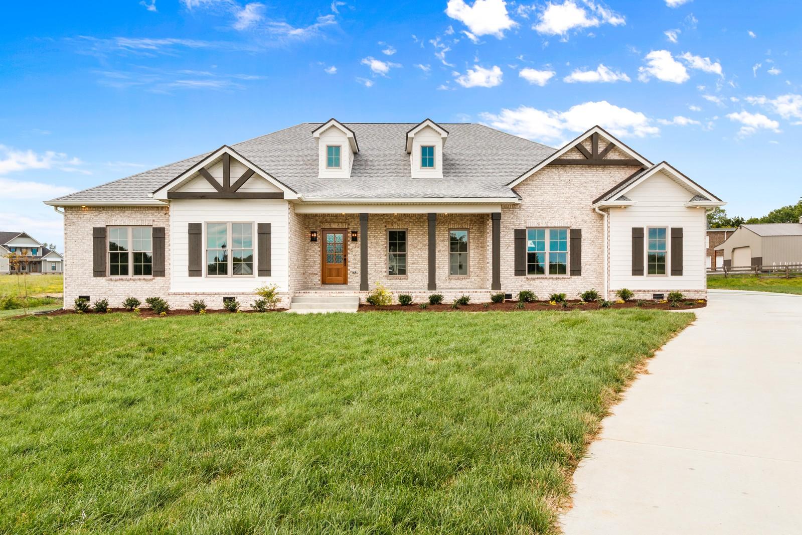 136 Sawyer Ct Property Photo