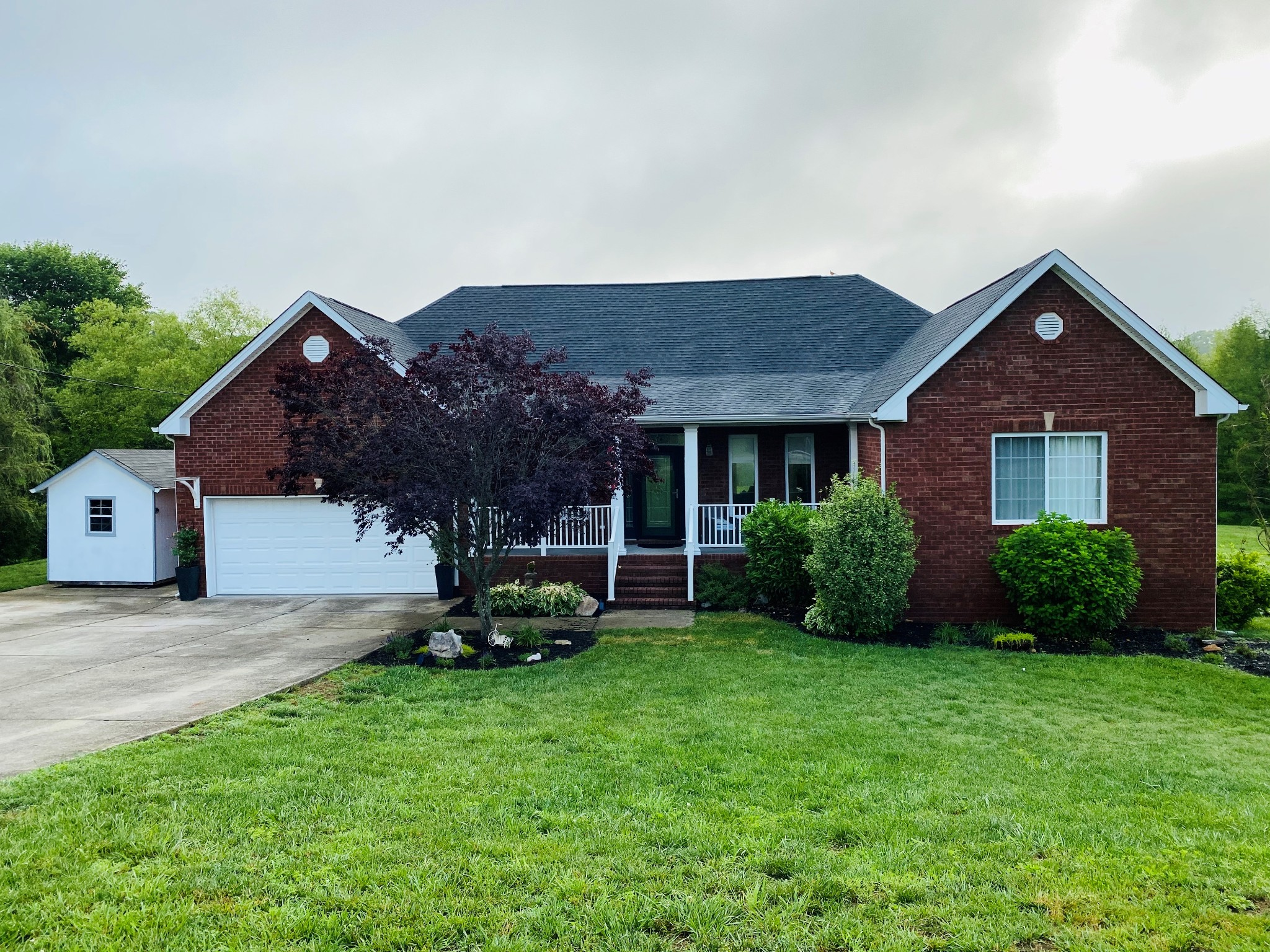 1211 Corlew Dr Property Photo - Burns, TN real estate listing