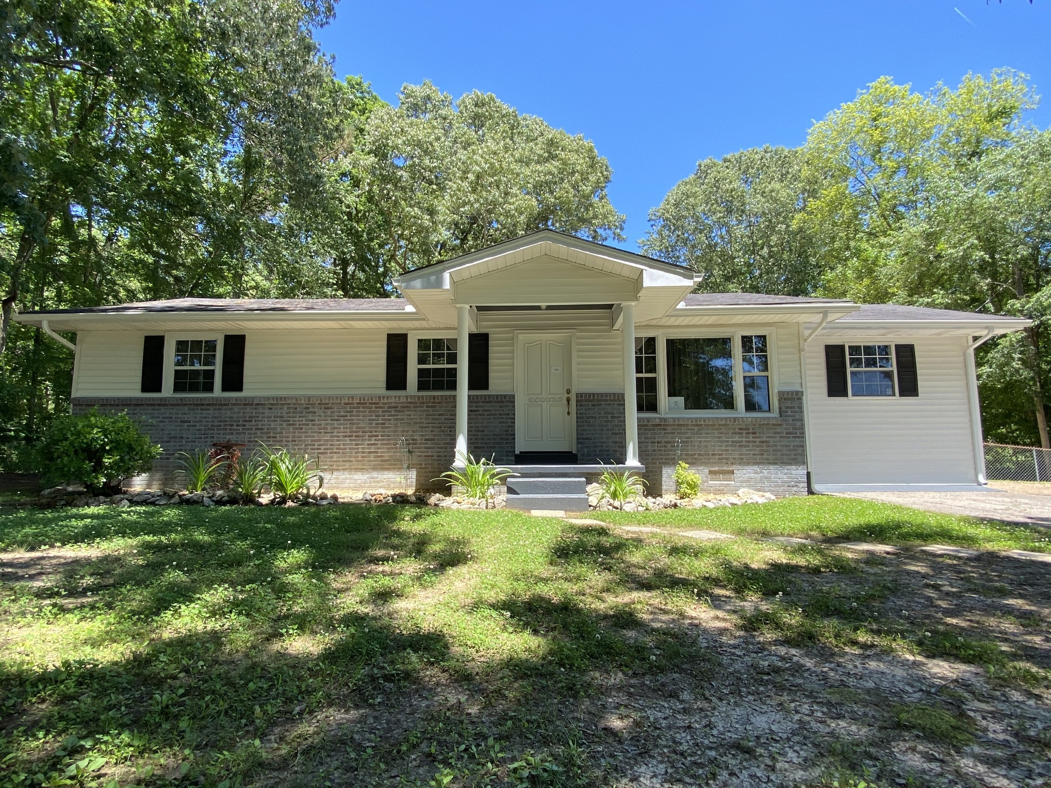 816 Post Oak Rd Property Photo - Camden, TN real estate listing
