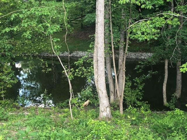 32 White Oak Ln Property Photo - Winchester, TN real estate listing