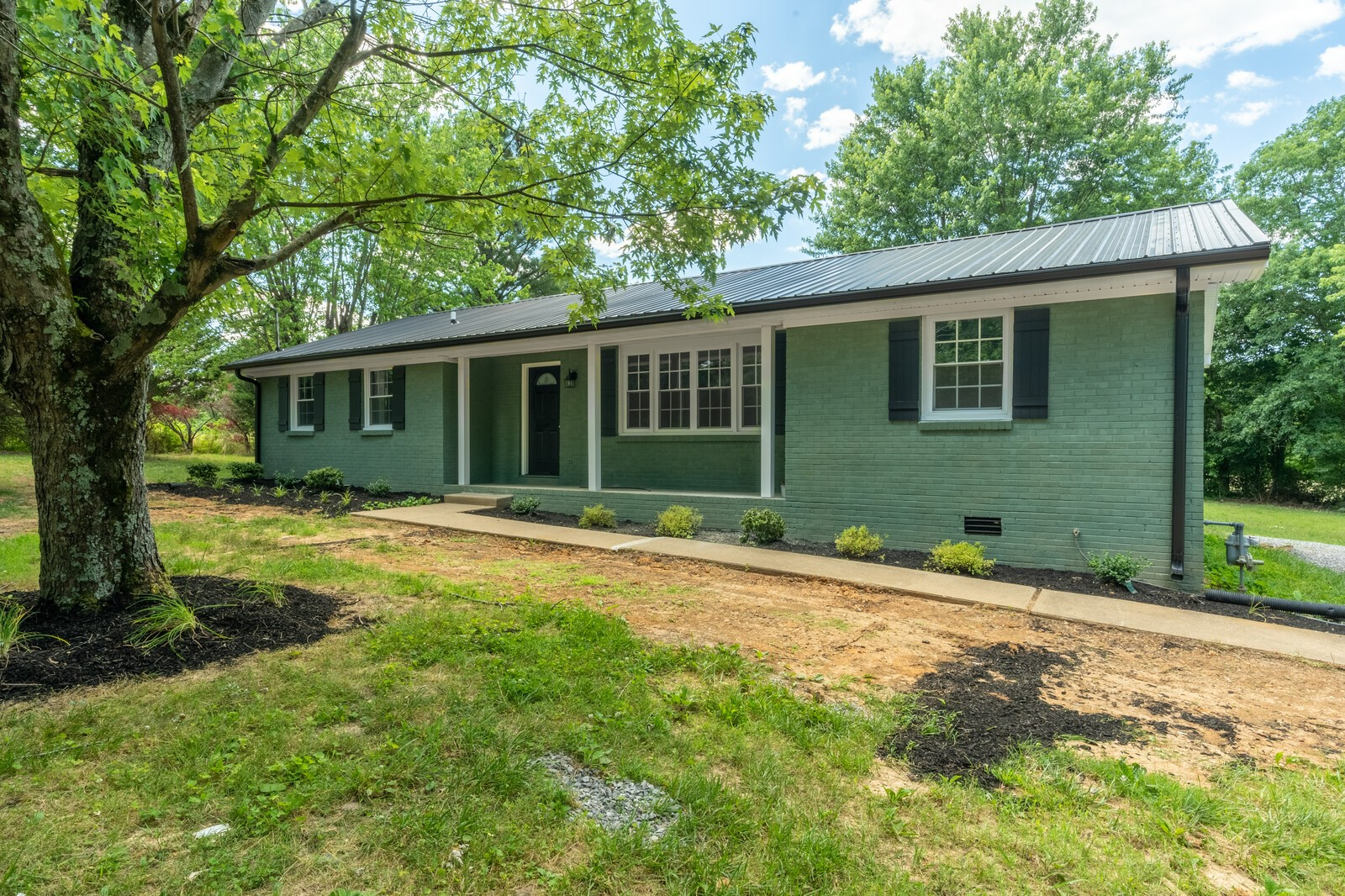 155 Riggs Rd Property Photo - Portland, TN real estate listing