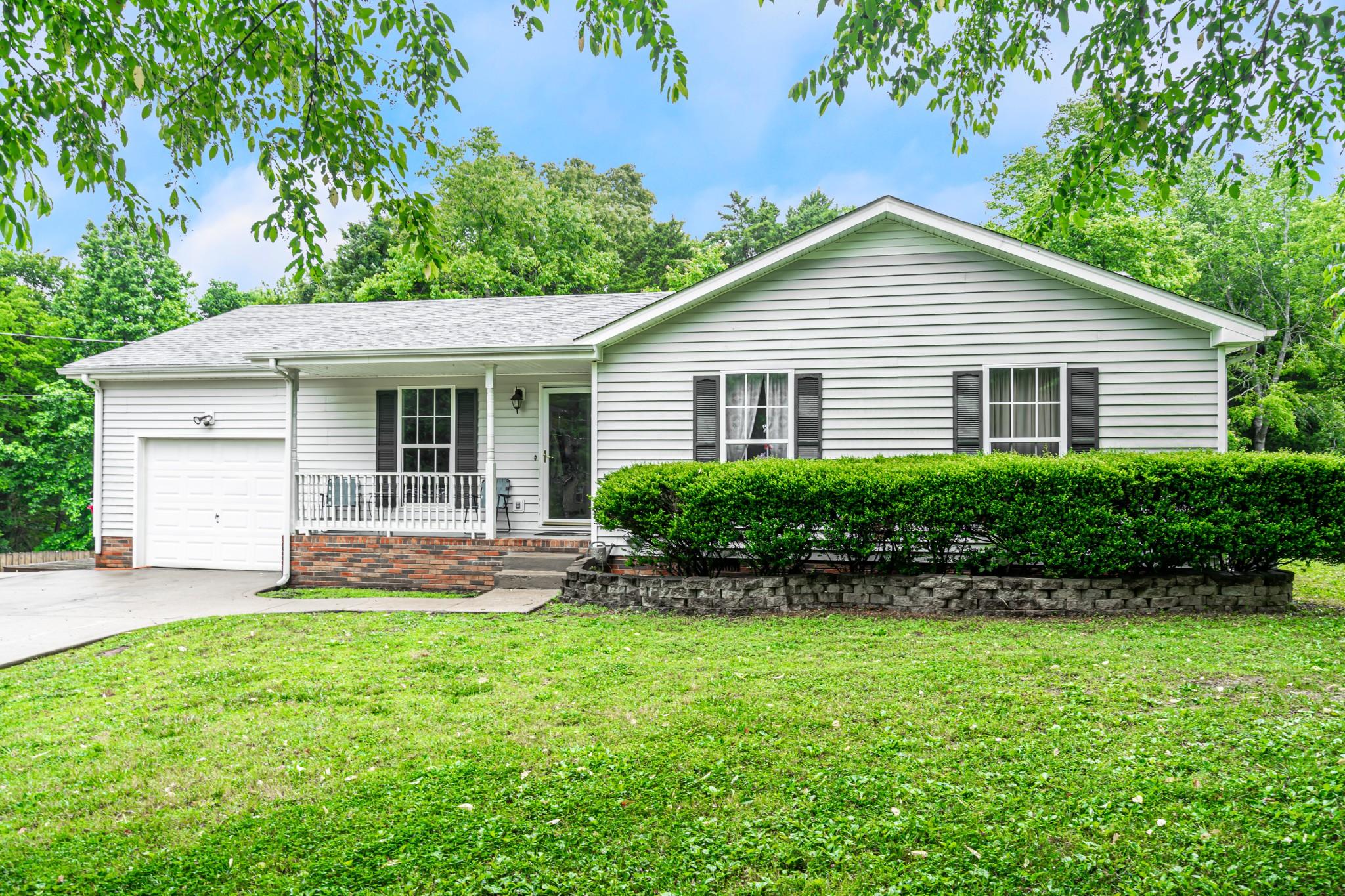 3517 Hunters Rdg Property Photo - Woodlawn, TN real estate listing