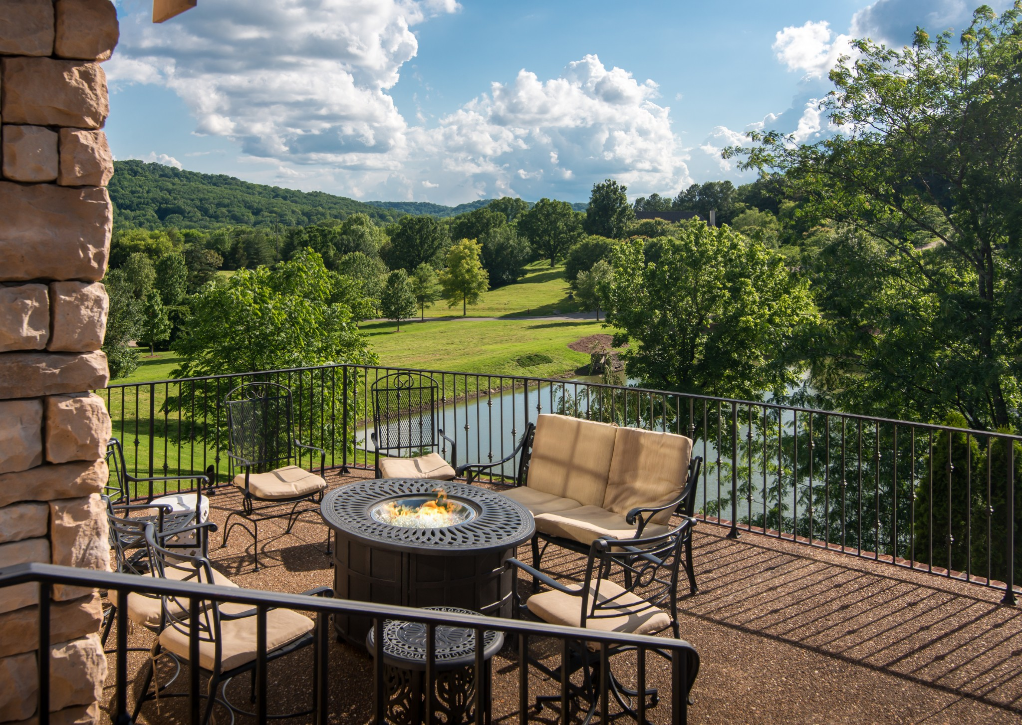 328 White Swans Crossing Property Photo - Brentwood, TN real estate listing