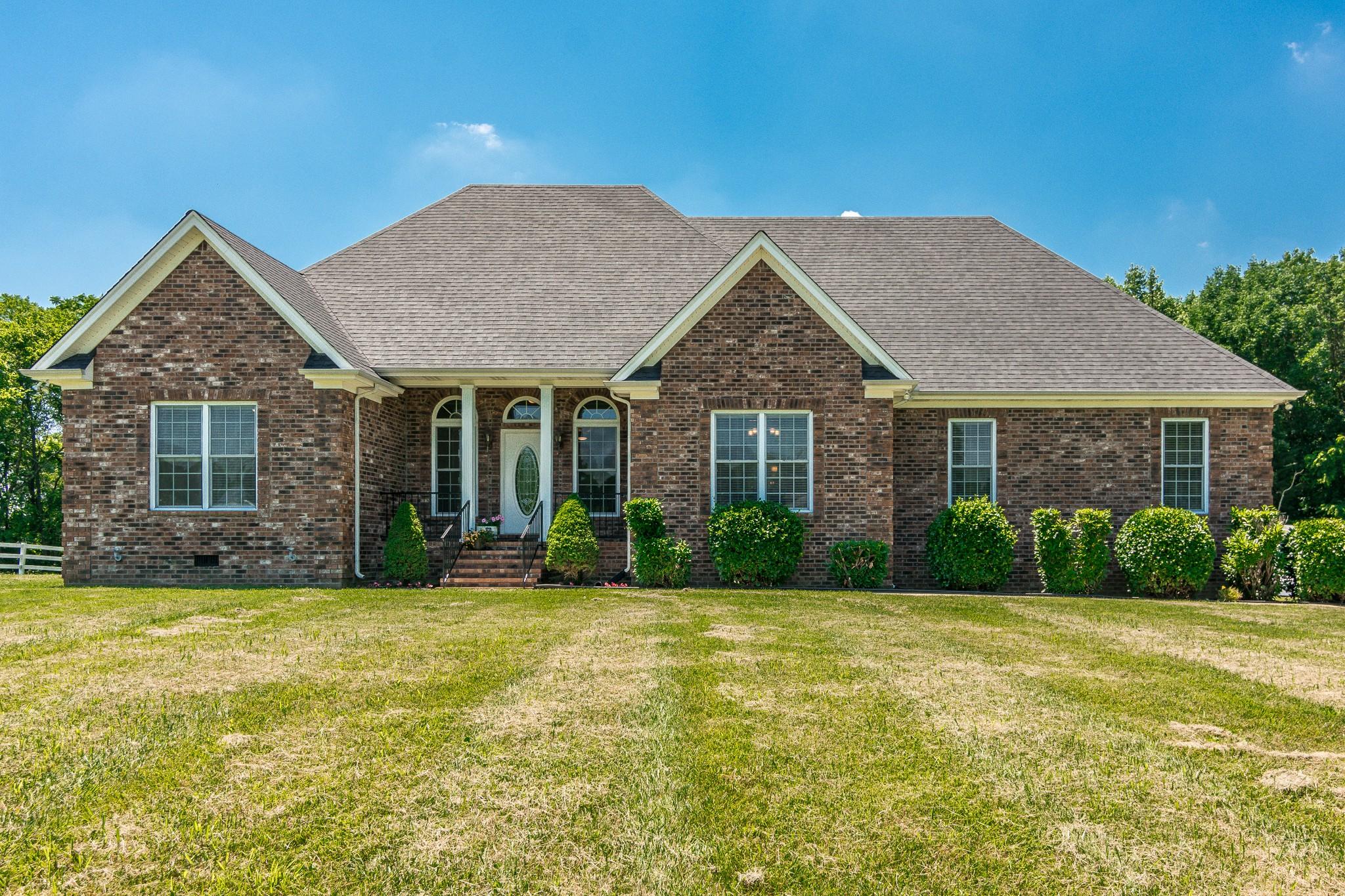8069 Highway 25, E Property Photo - Cross Plains, TN real estate listing