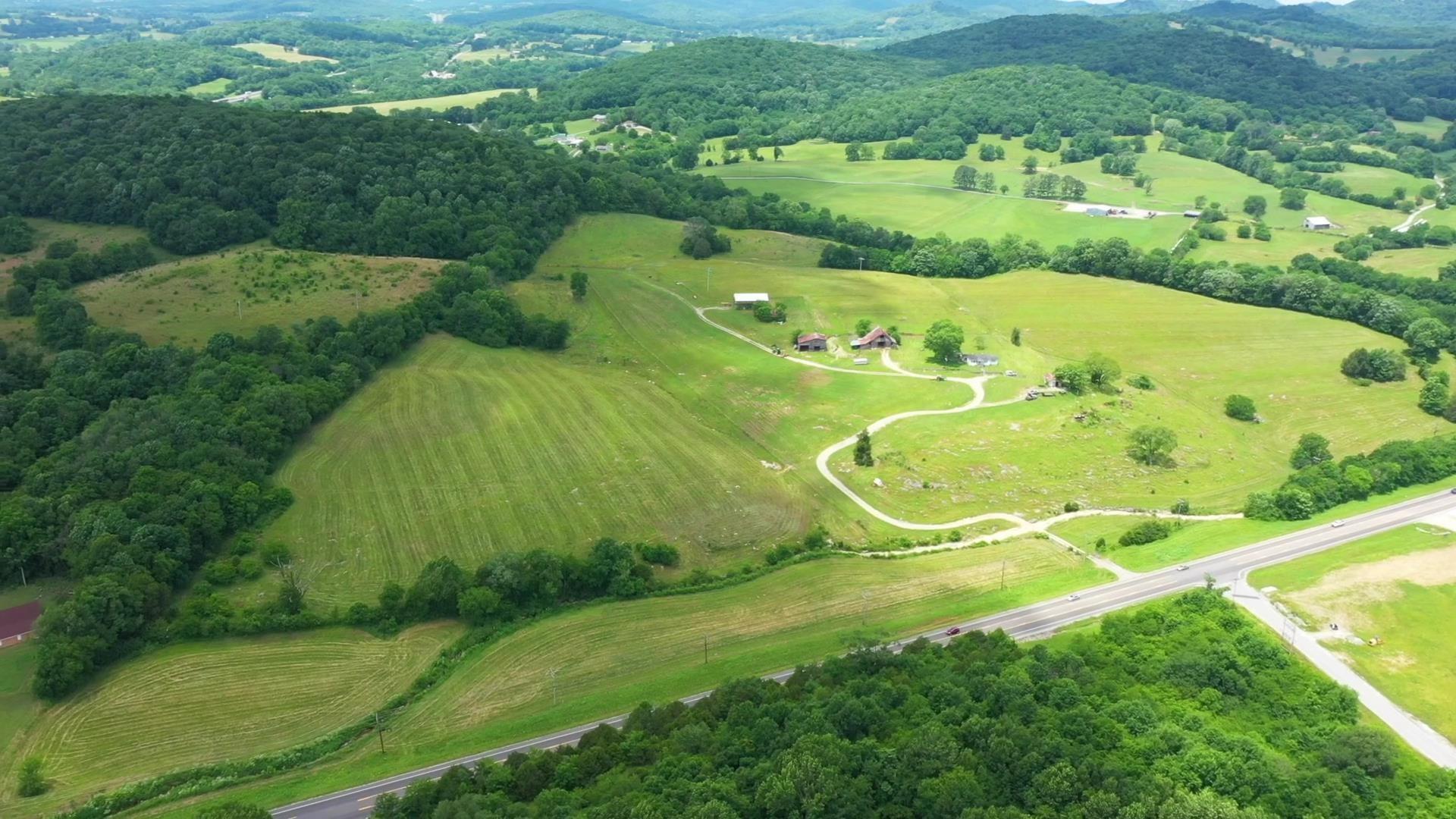 428 Gordonsville Hwy Property Photo - Gordonsville, TN real estate listing