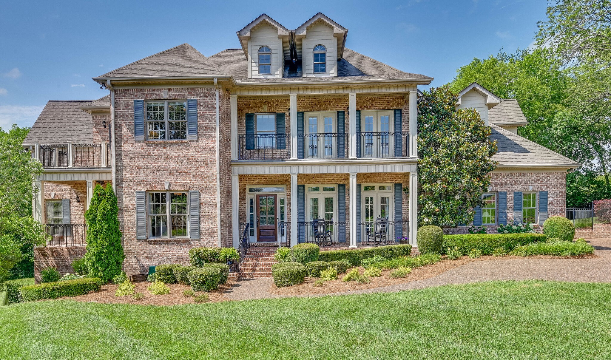 8224 W Chase Ct Property Photo - Nashville, TN real estate listing