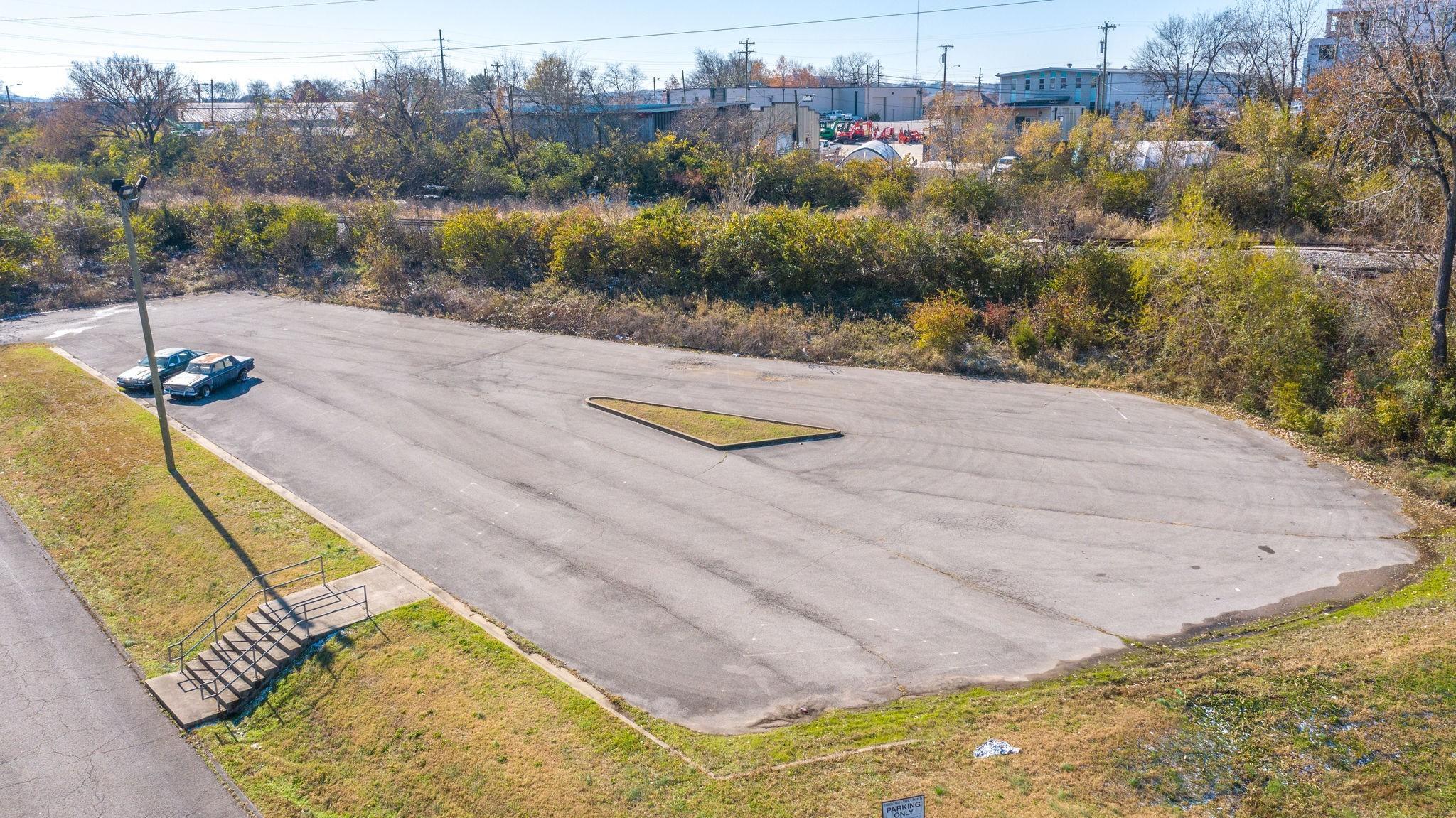 913 43rd Ave N Property Photo - Nashville, TN real estate listing