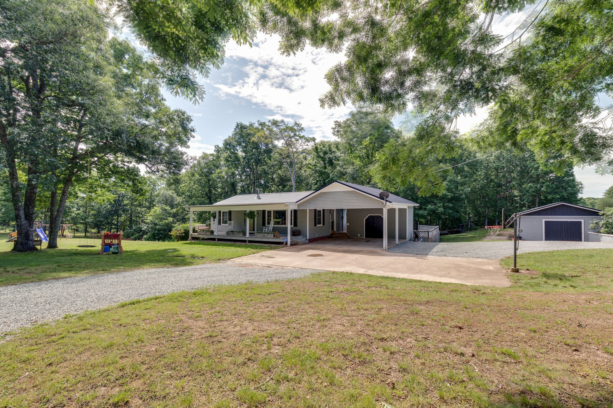 105 Lyell Rd Property Photo - Hohenwald, TN real estate listing