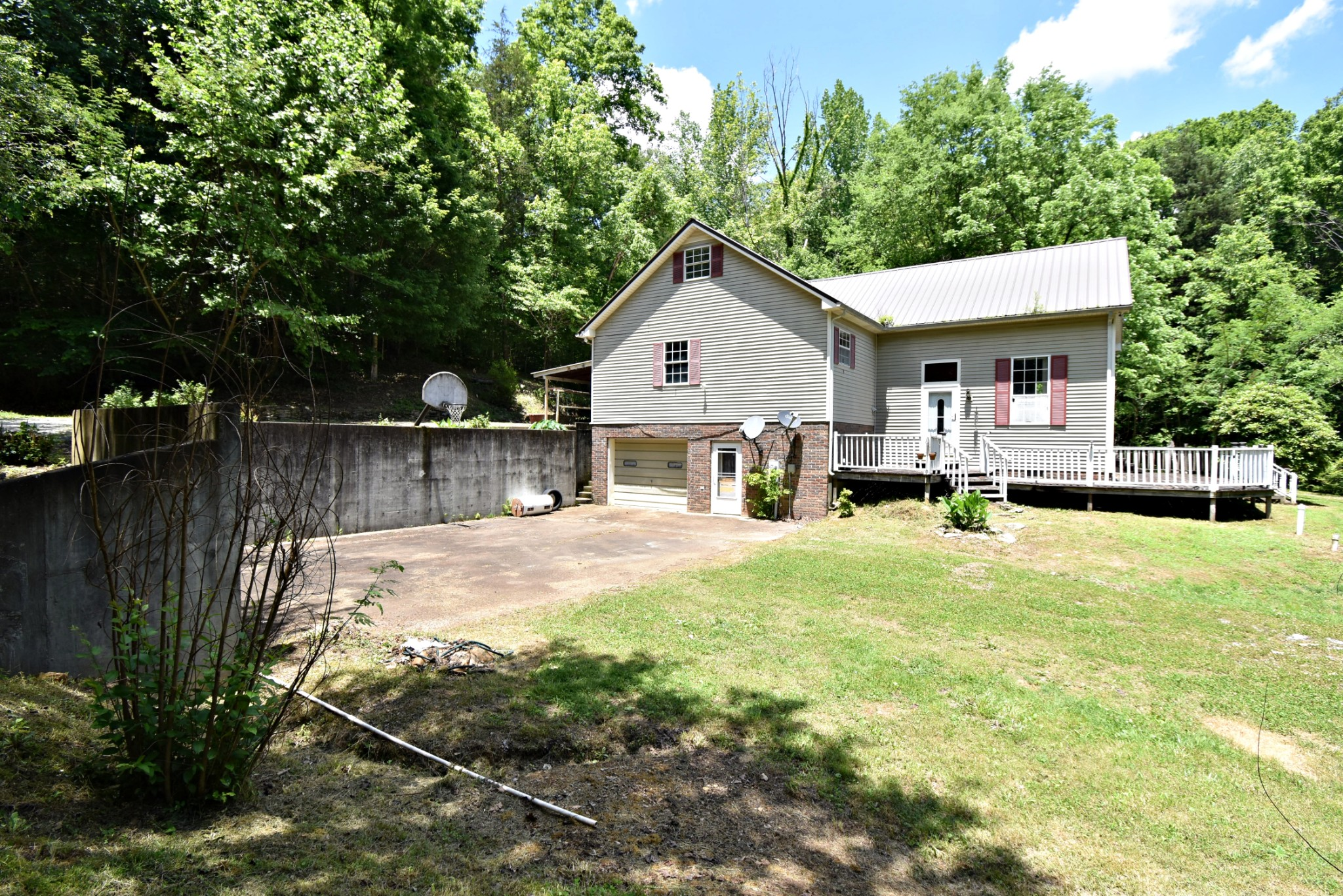 3331 Hwy 100 Property Photo - Linden, TN real estate listing