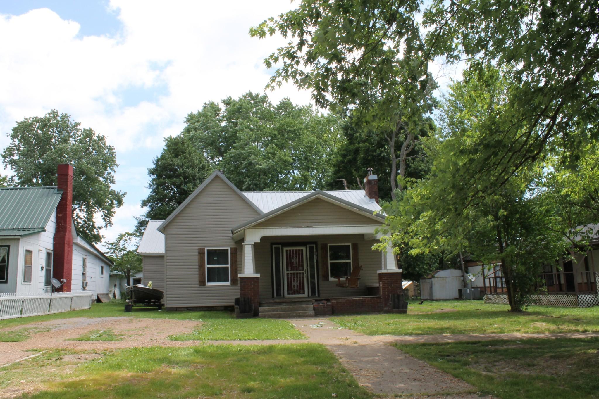 215 S Washington St Property Photo - Tullahoma, TN real estate listing