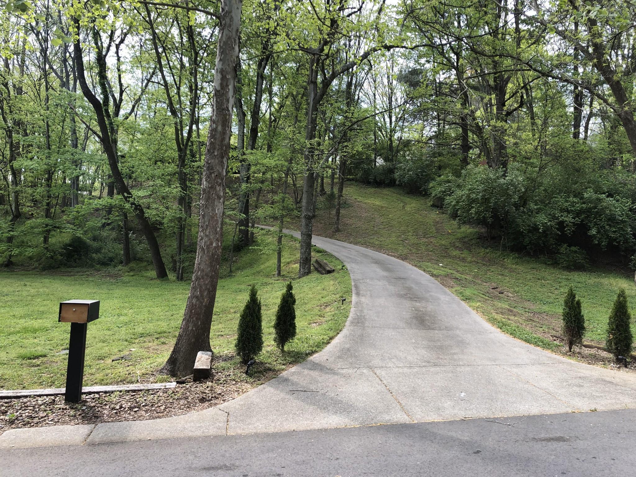 492 Saddle Dr Property Photo - Nashville, TN real estate listing