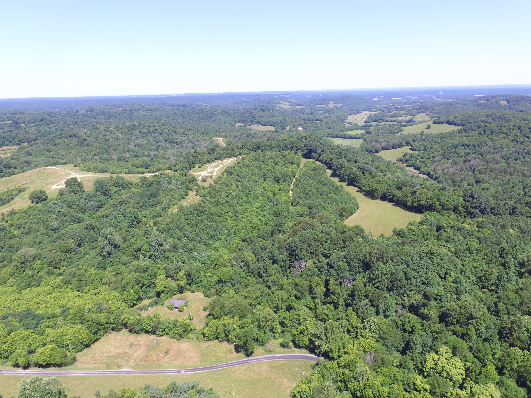 2124 Simmons Ridge Rd Property Photo - Cornersville, TN real estate listing