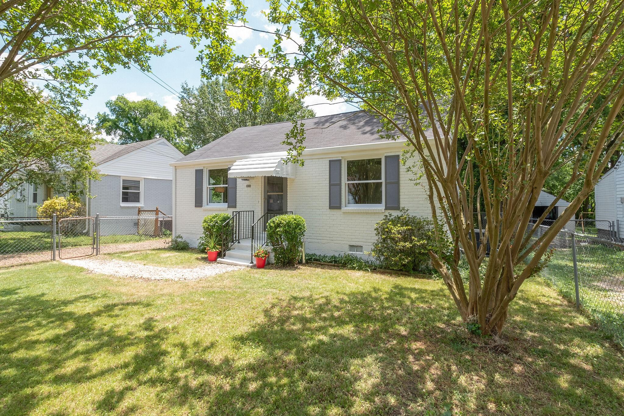 300 Harrington Ave Property Photo - Madison, TN real estate listing