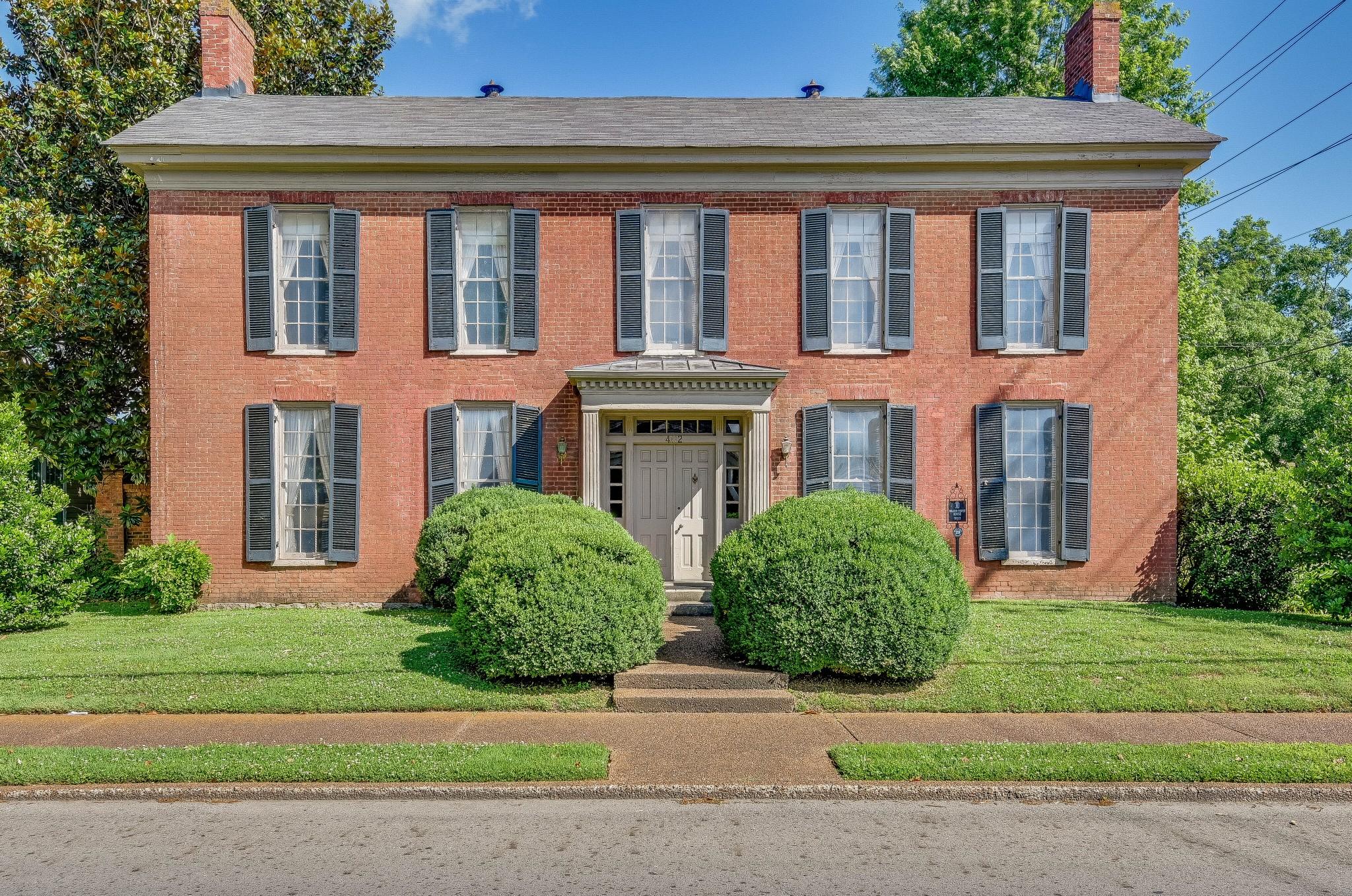 402 Bridge Street Property Photo
