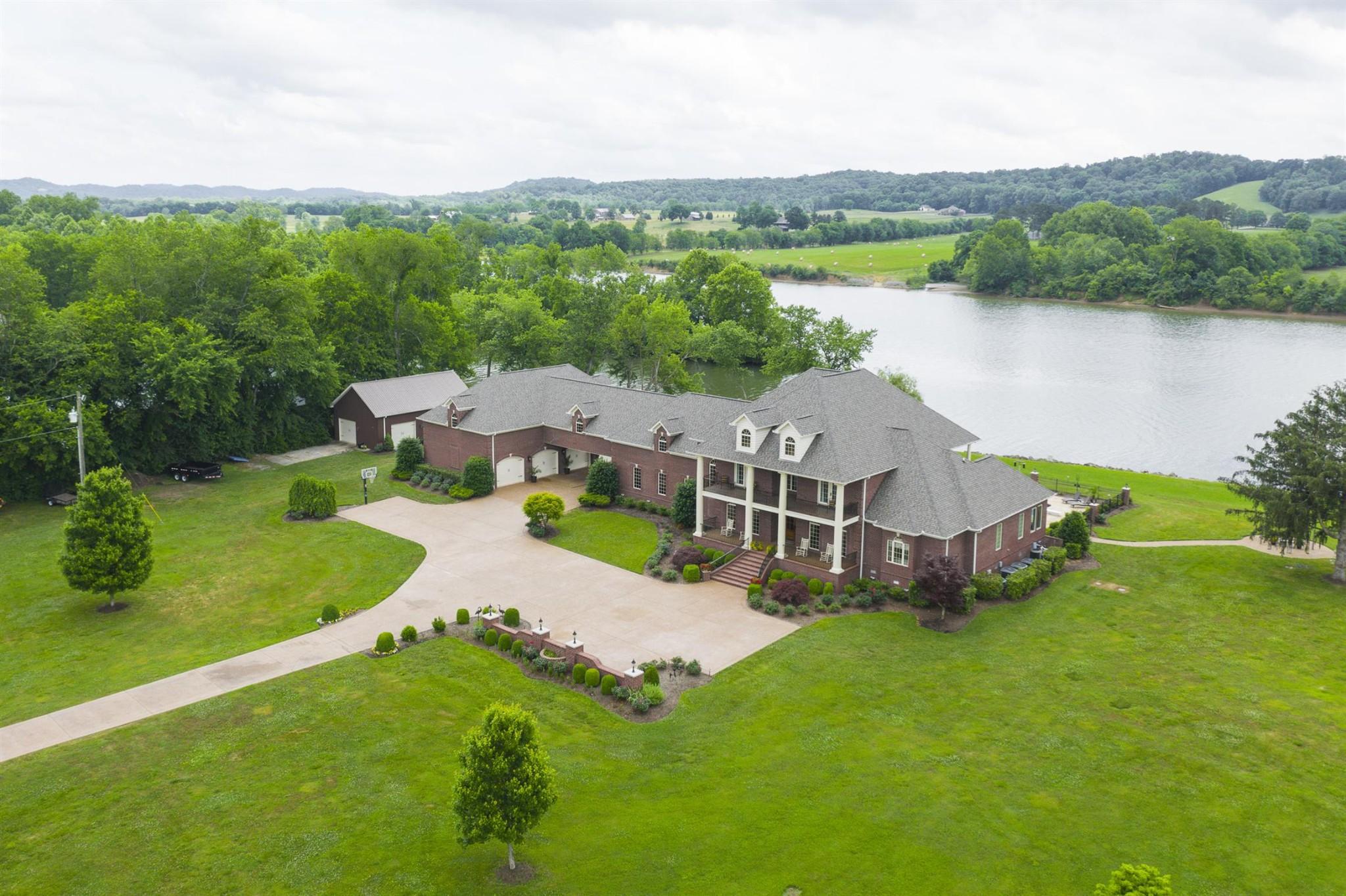 6035 River Trce Property Photo - Nashville, TN real estate listing