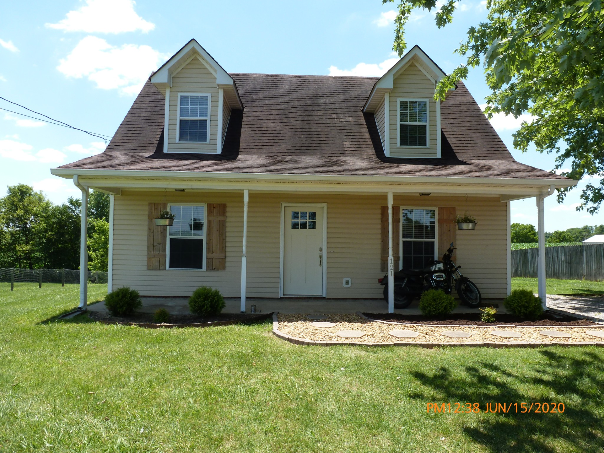 121 Bumpus Mill Rd Property Photo - Oak Grove, KY real estate listing