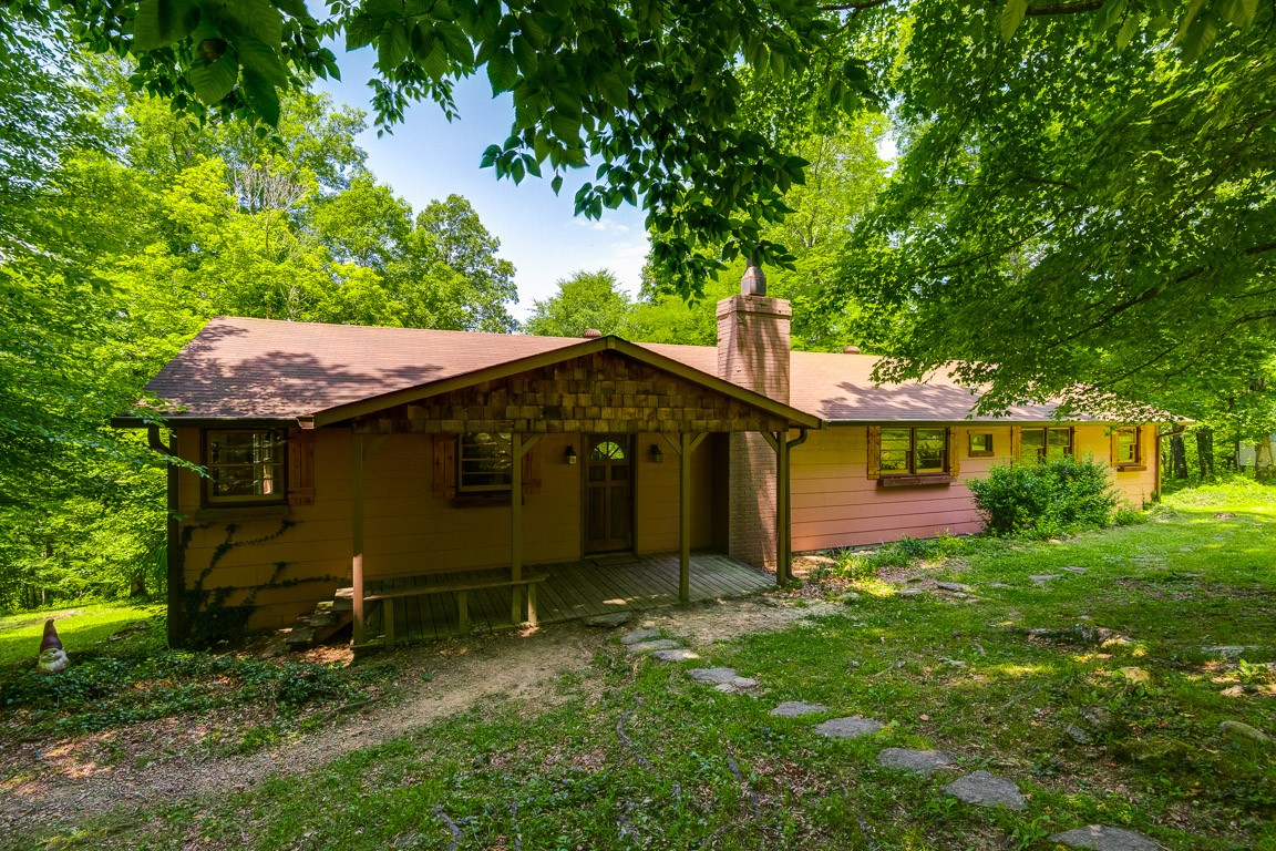1100 Ben Collier Rd Property Photo - Charlotte, TN real estate listing