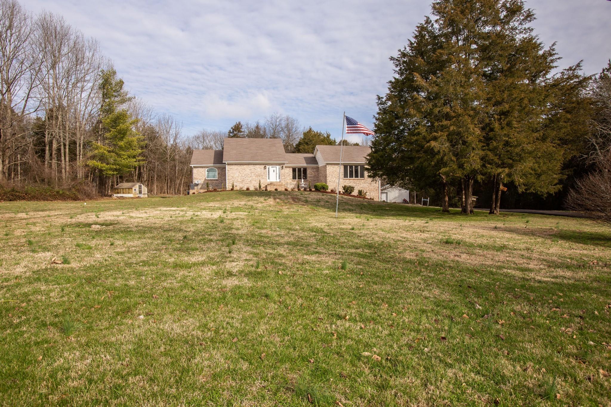 4990 Ash Hill Rd Property Photo
