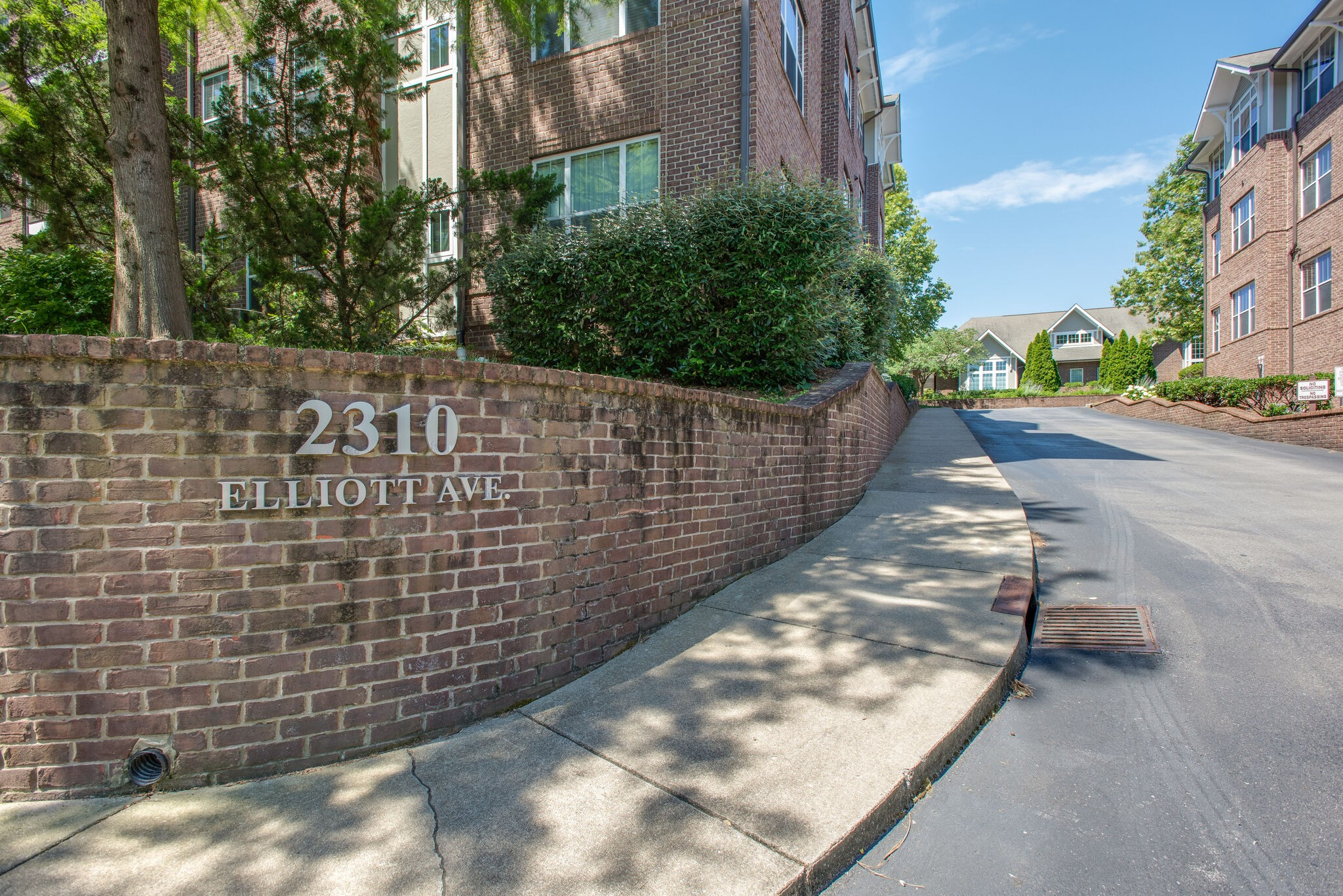 2310 Elliott Ave Property Photo - Nashville, TN real estate listing