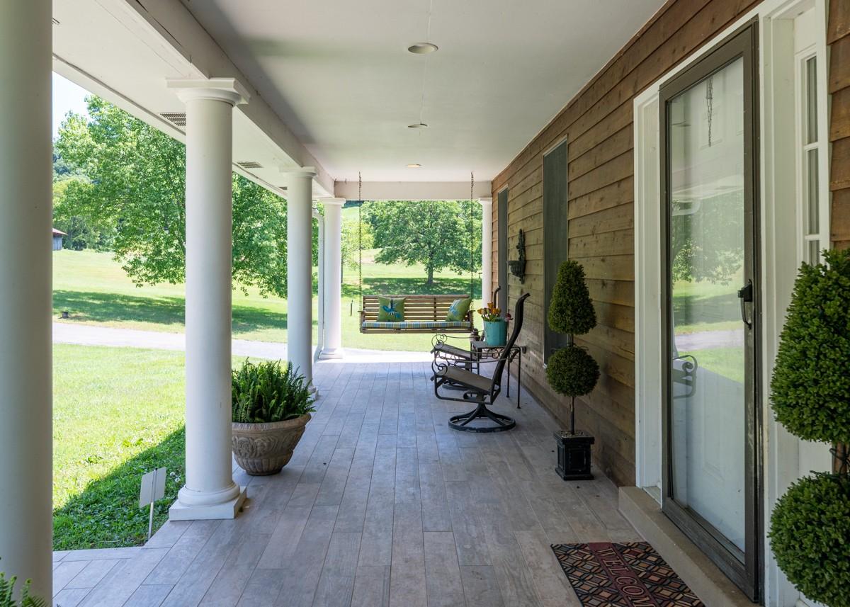 2045 Parker Hollow Ln Property Photo - Nolensville, TN real estate listing