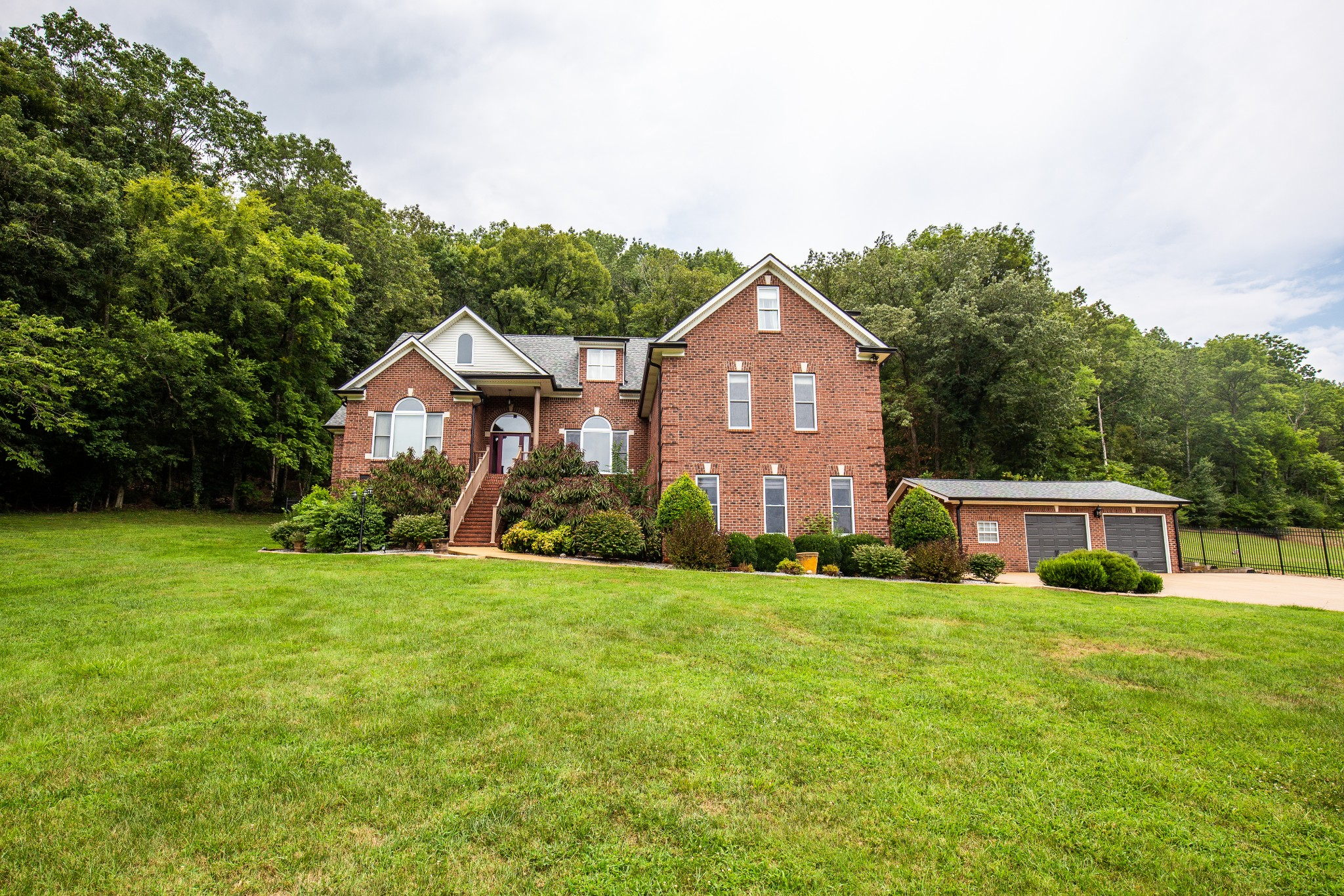 4952 Clarksville Hwy Property Photo - Whites Creek, TN real estate listing