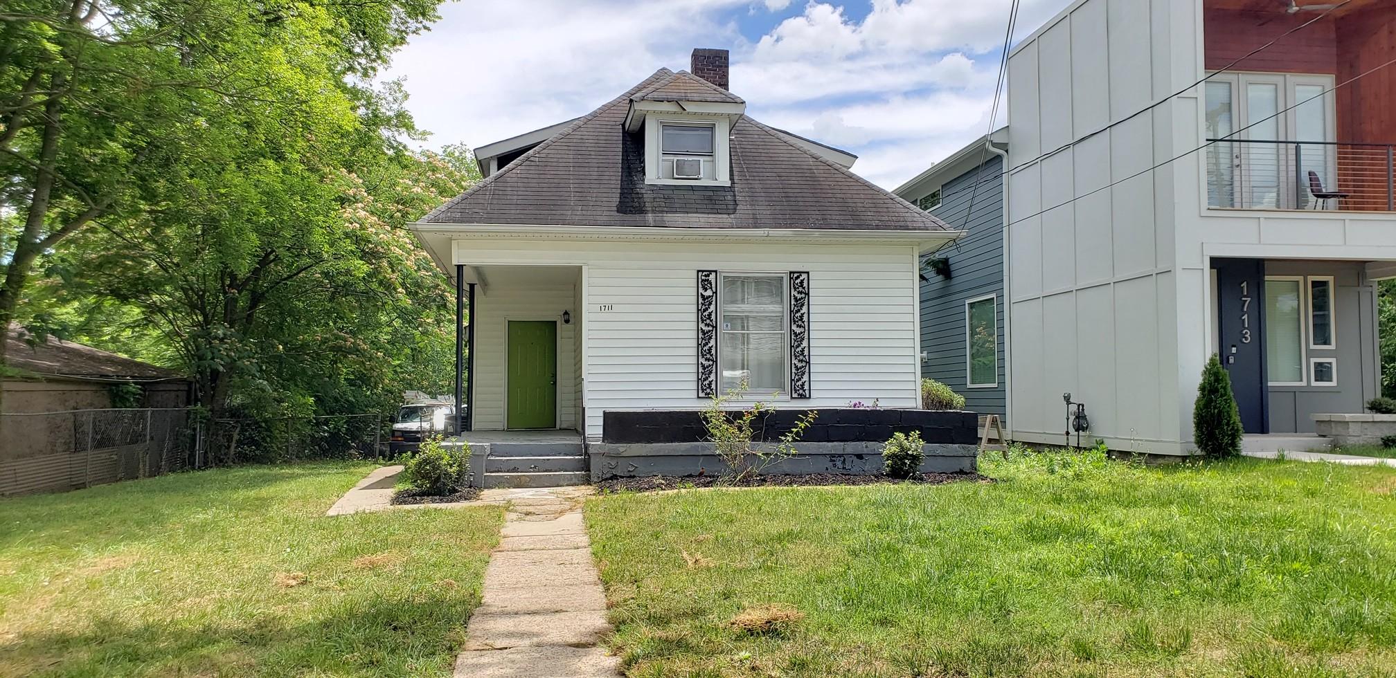 1711 Simpkins St Property Photo