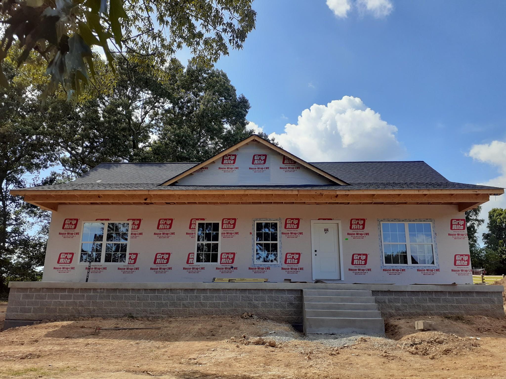 8044 Barren Fork Ln Property Photo - Bon Aqua, TN real estate listing