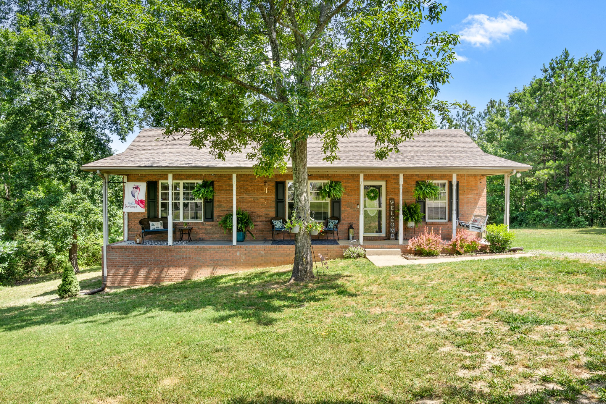30 Andrew St Property Photo - Tennessee Ridge, TN real estate listing