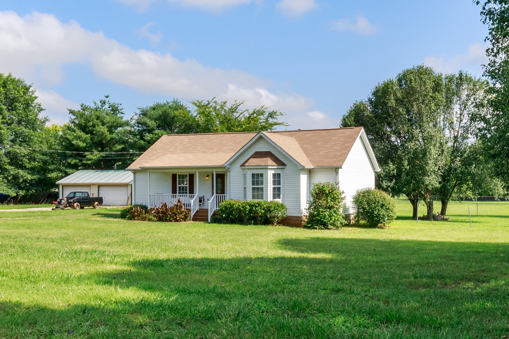 1460 Bridle Ln Property Photo - Chapel Hill, TN real estate listing