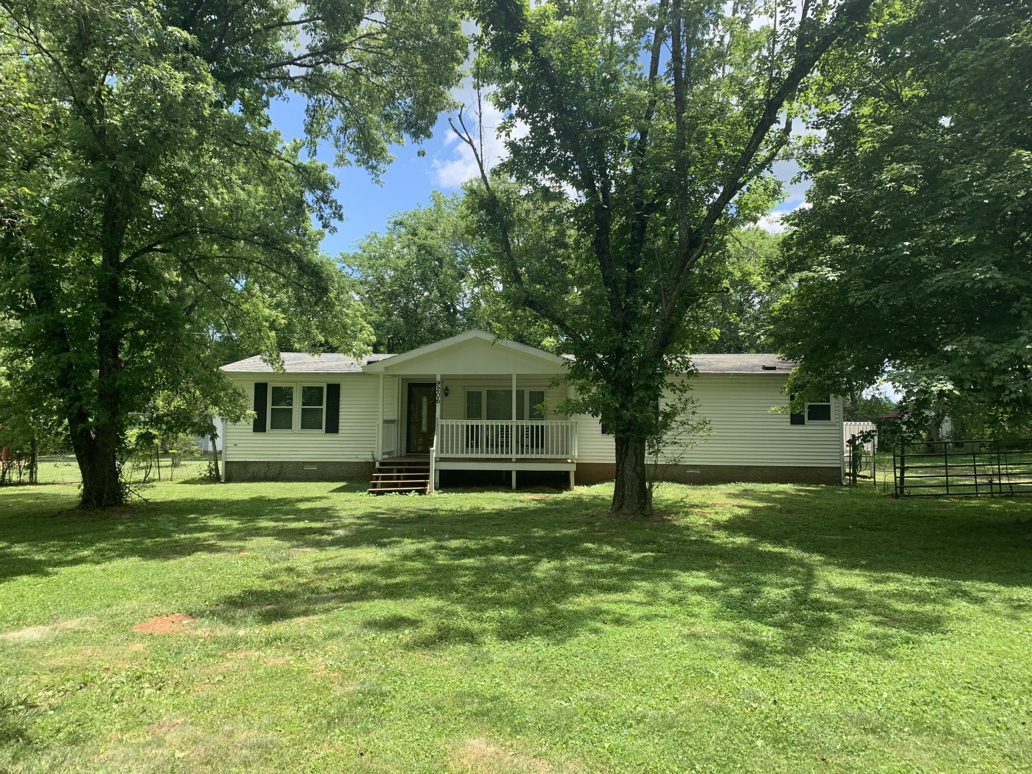 9206 Powells Chapel Rd Property Photo