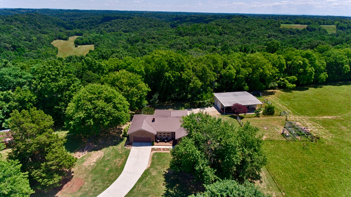 239 Henry Bayless Rd Property Photo - Ardmore, TN real estate listing