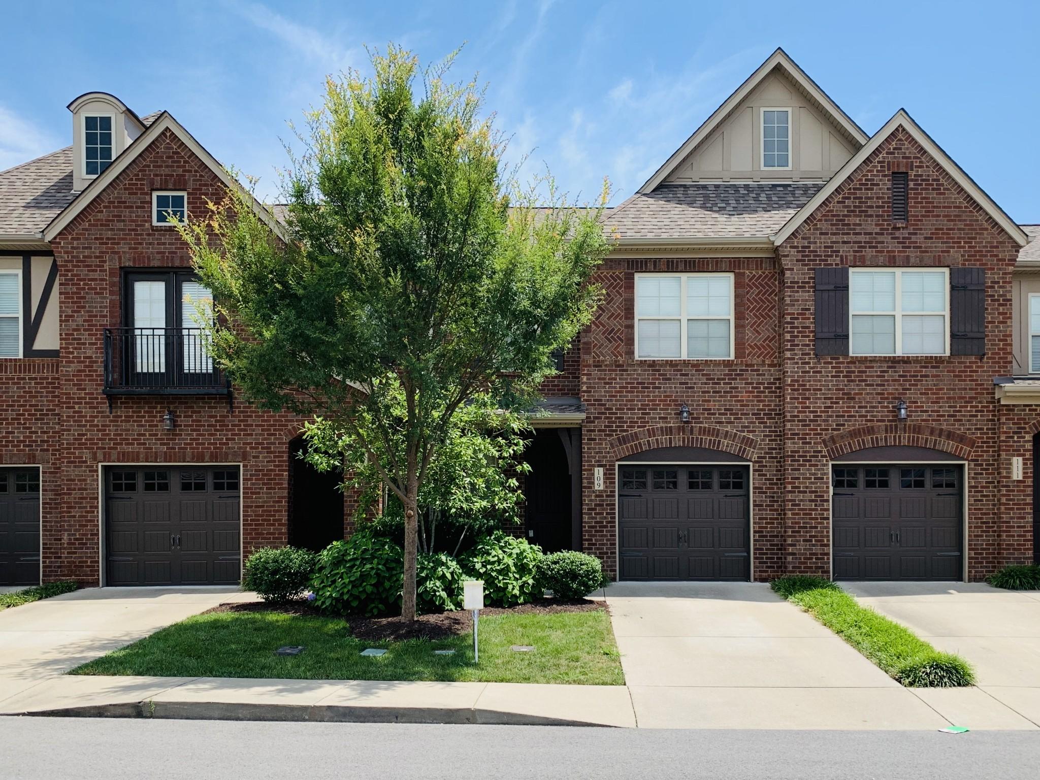 109 Ambassador Circle Pvt 17 Property Photo - Hendersonville, TN real estate listing