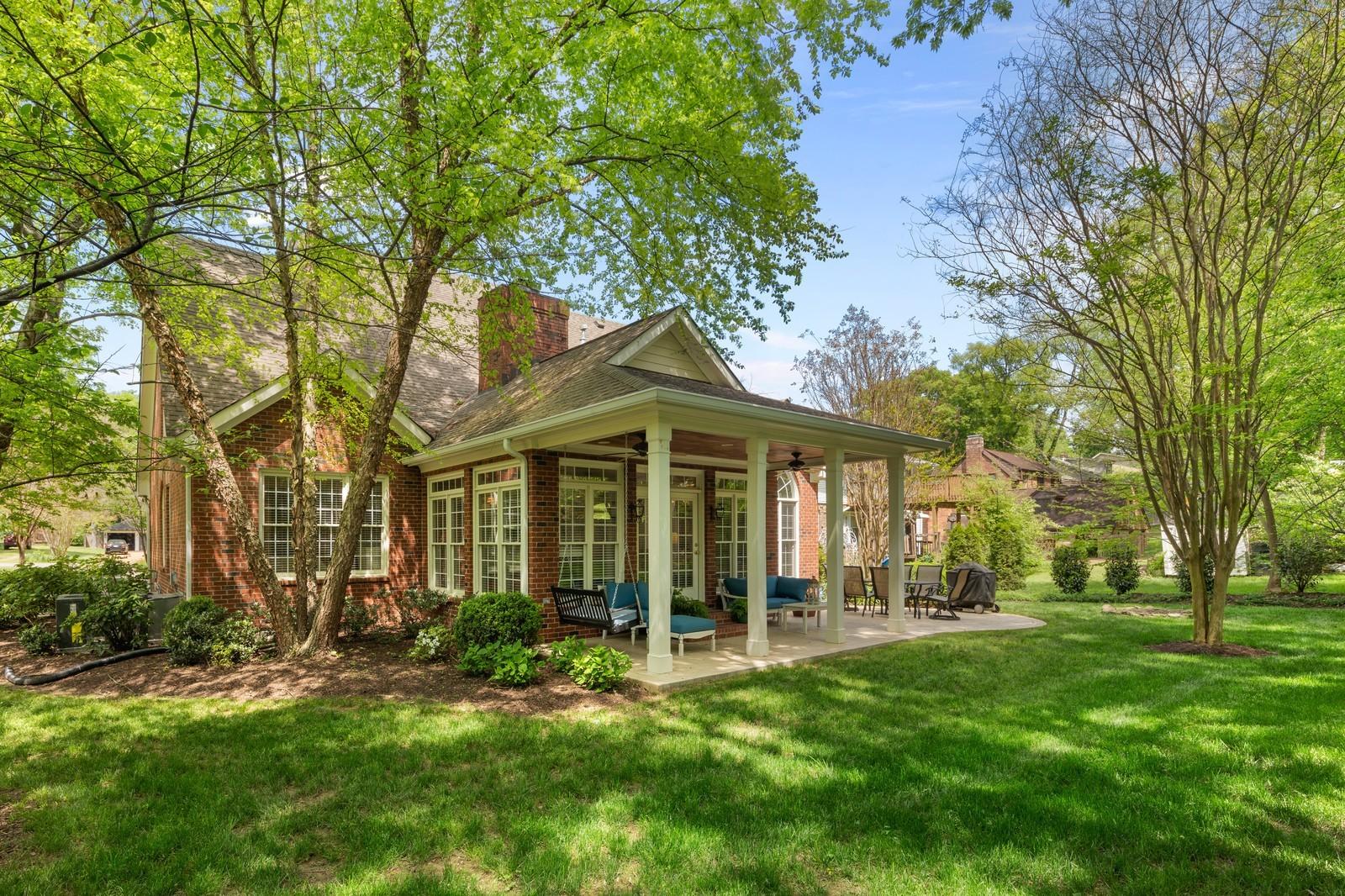 1111 Frances Ave Property Photo - Nashville, TN real estate listing