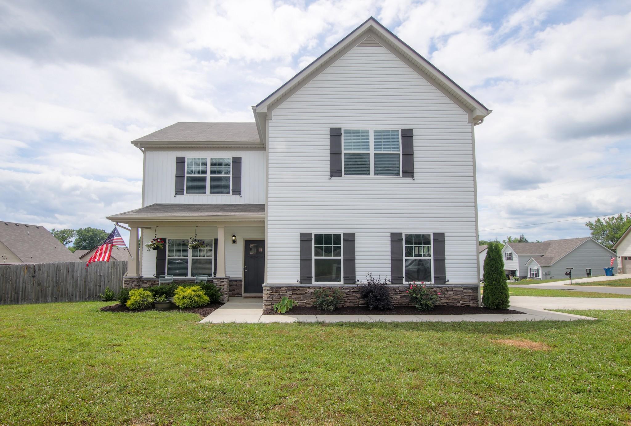 1413 Halverson Dr Property Photo - Murfreesboro, TN real estate listing