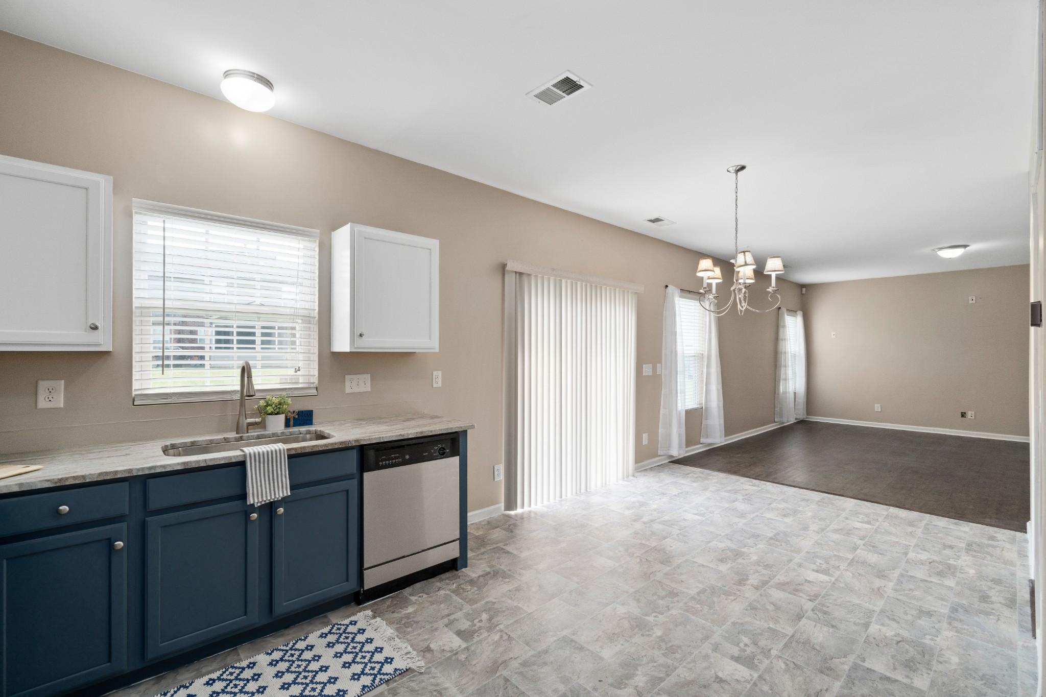 5062 Cobblestone Creek Dr Property Photo - Whites Creek, TN real estate listing