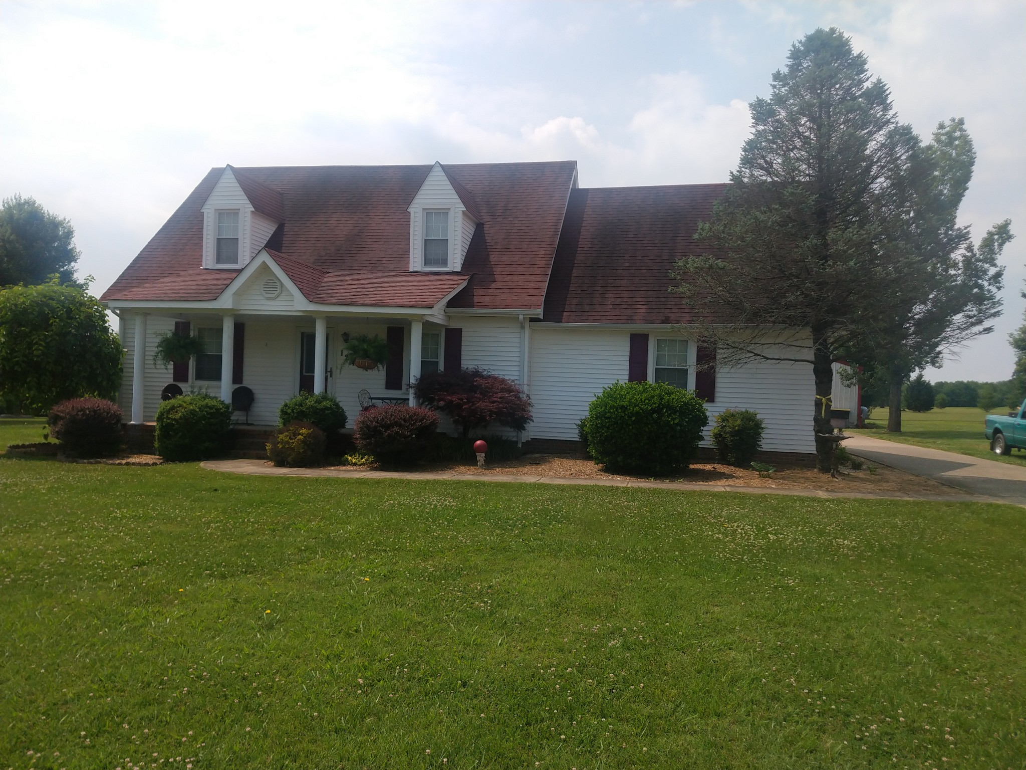 124 Sunrise Dr Property Photo - Lafayette, TN real estate listing