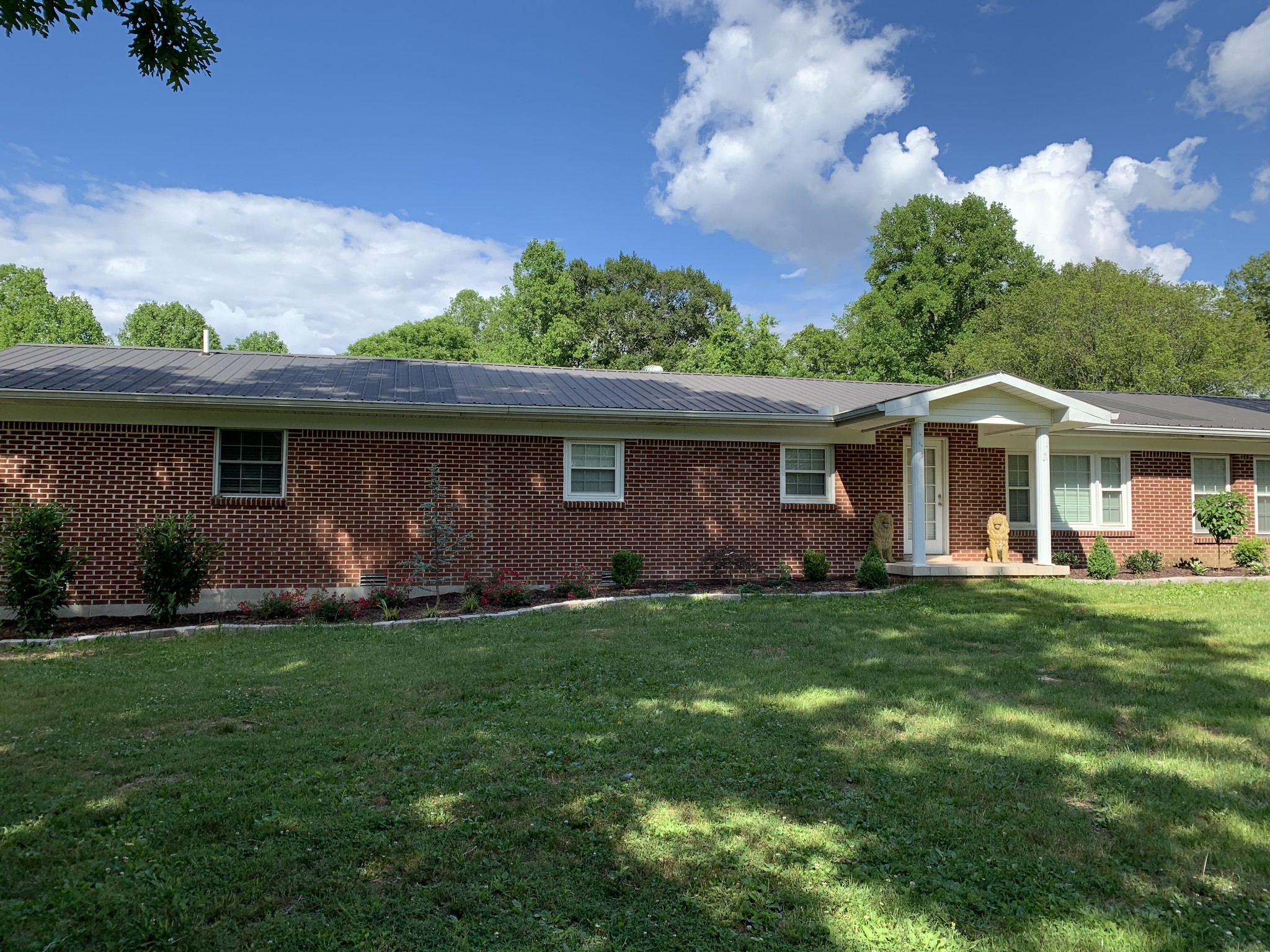 117 Hubert Brown Cir Property Photo - Gainesboro, TN real estate listing