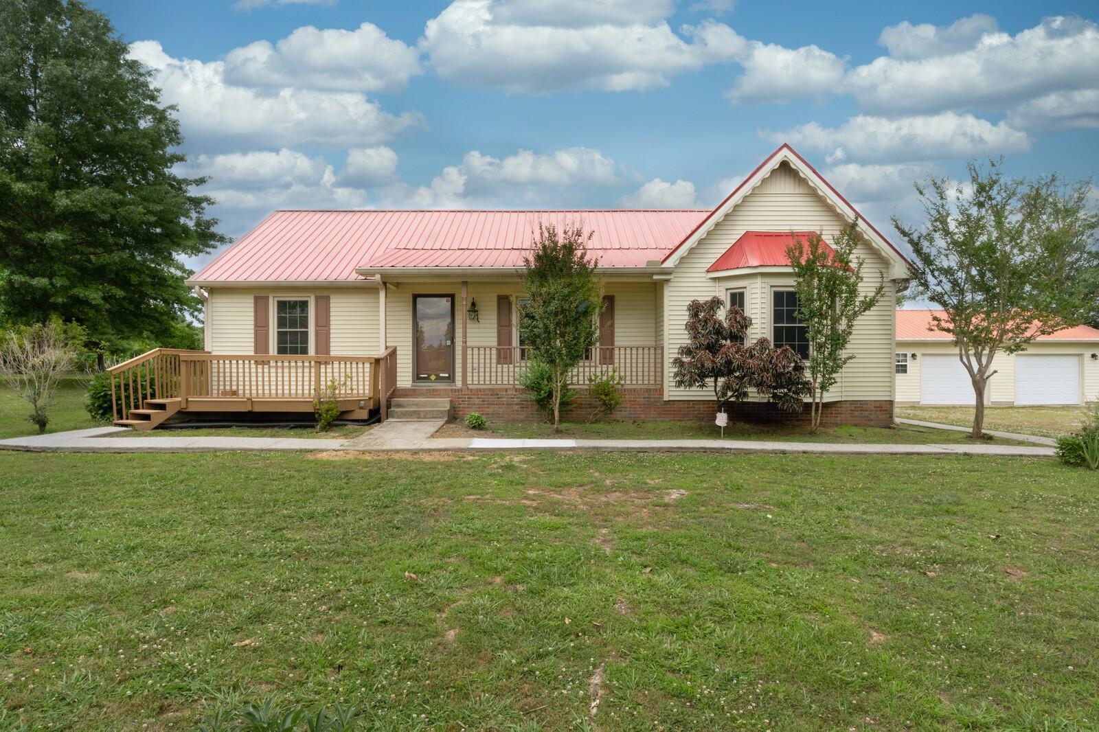 37172 Real Estate Listings Main Image