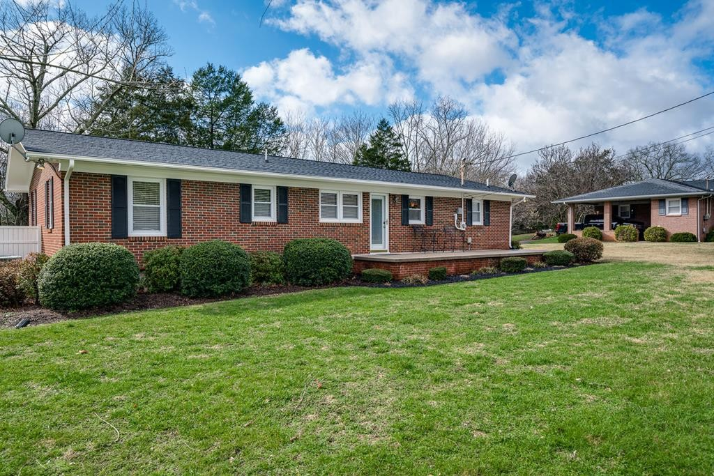 315 Belvue Dr Property Photo - Sparta, TN real estate listing