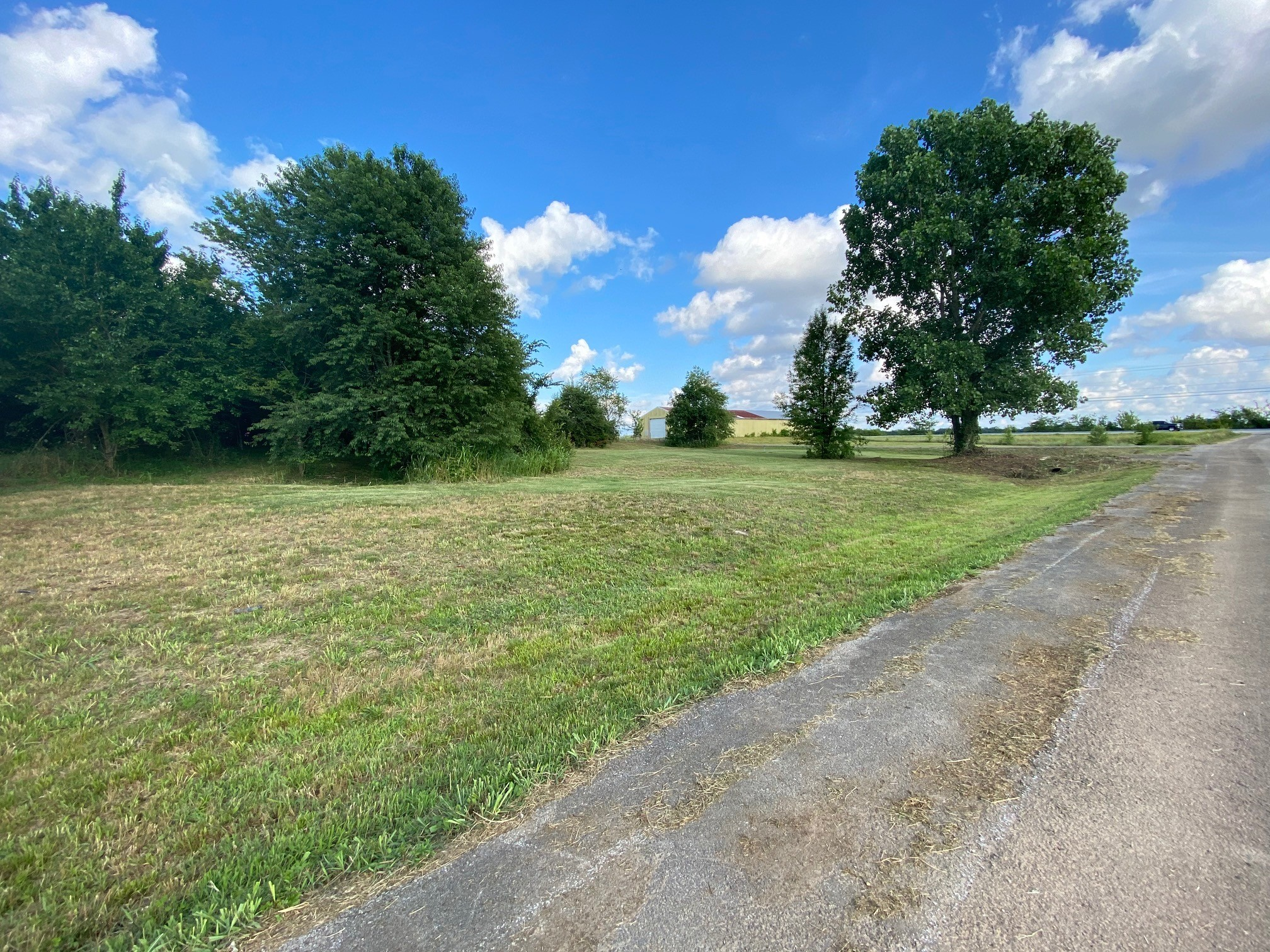 0 Frontage Rd Property Photo - Gracey, KY real estate listing