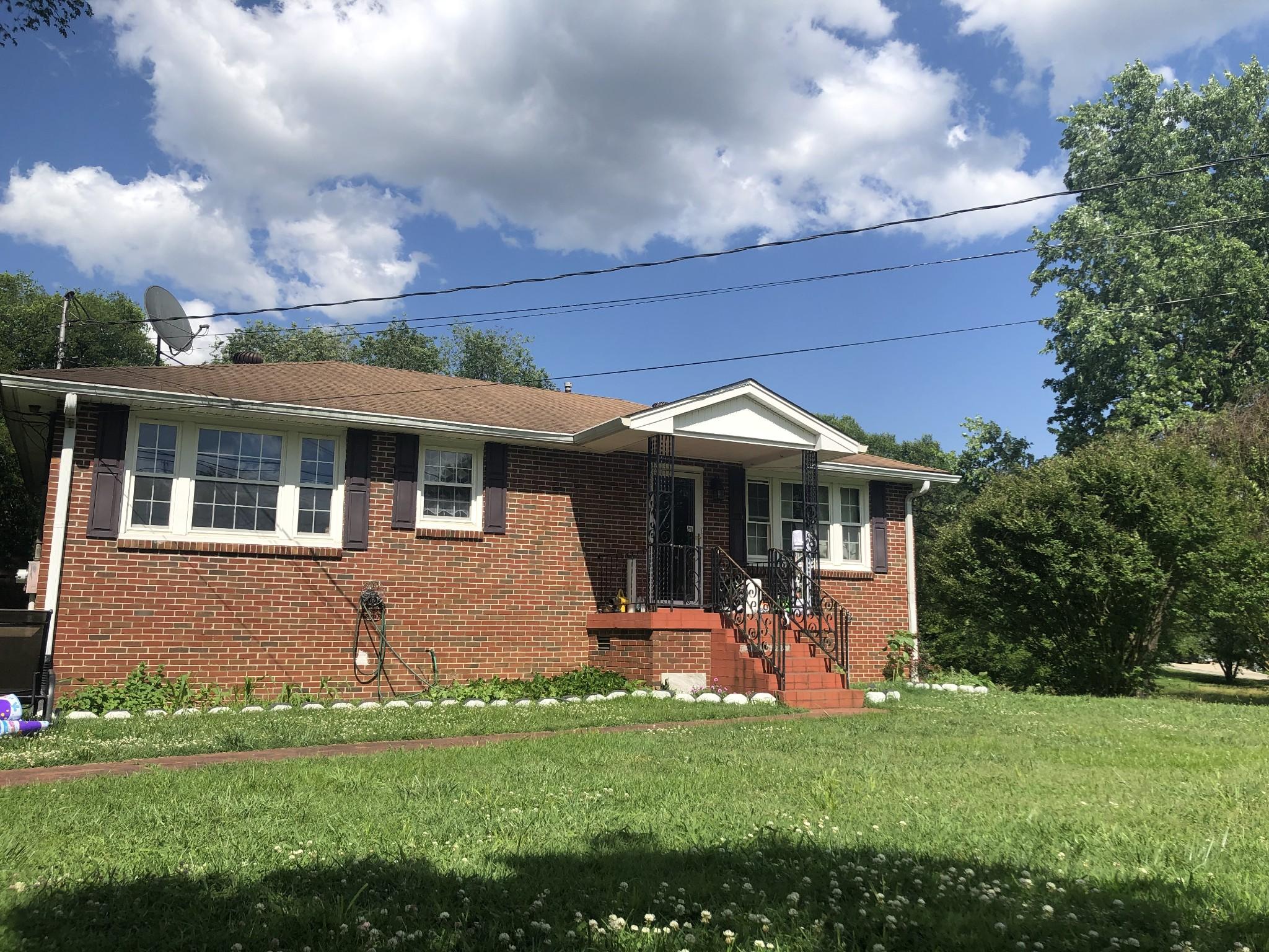 1717 Hudson Rd Property Photo - Madison, TN real estate listing