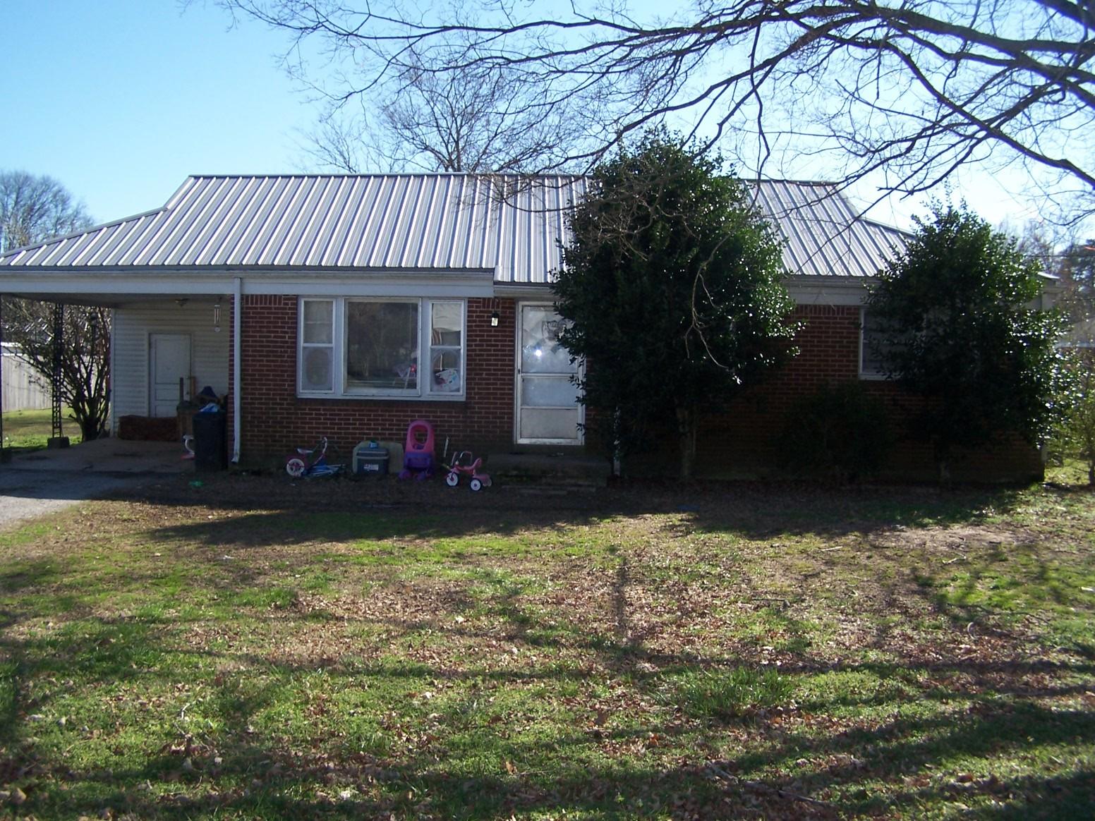 929 Nichols St Property Photo - Pulaski, TN real estate listing